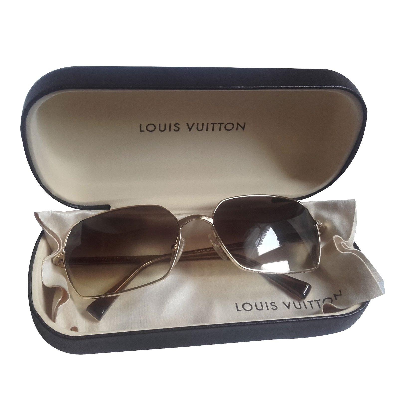 Lunettes Louis Vuitton Lunettes de soleil Louis Vuitton métal doré  réfèrence Z0074U Métal Doré ref. f236257695fb