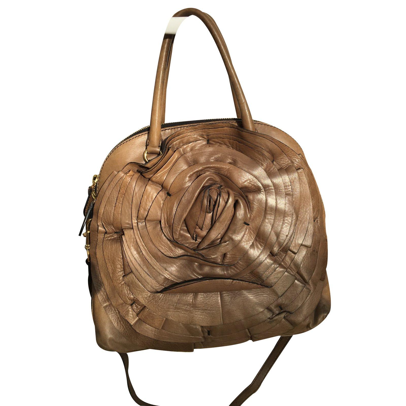 sacs main valentino sacs main cuir autre joli closet. Black Bedroom Furniture Sets. Home Design Ideas