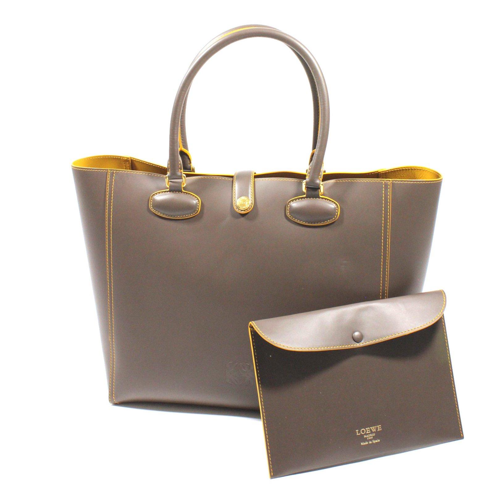 Loewe Tote Leo Handbags Leather Taupe Ref 43702