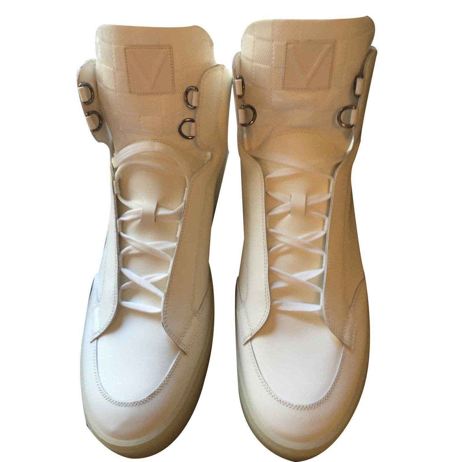 a34f0d744d0 Sneakers