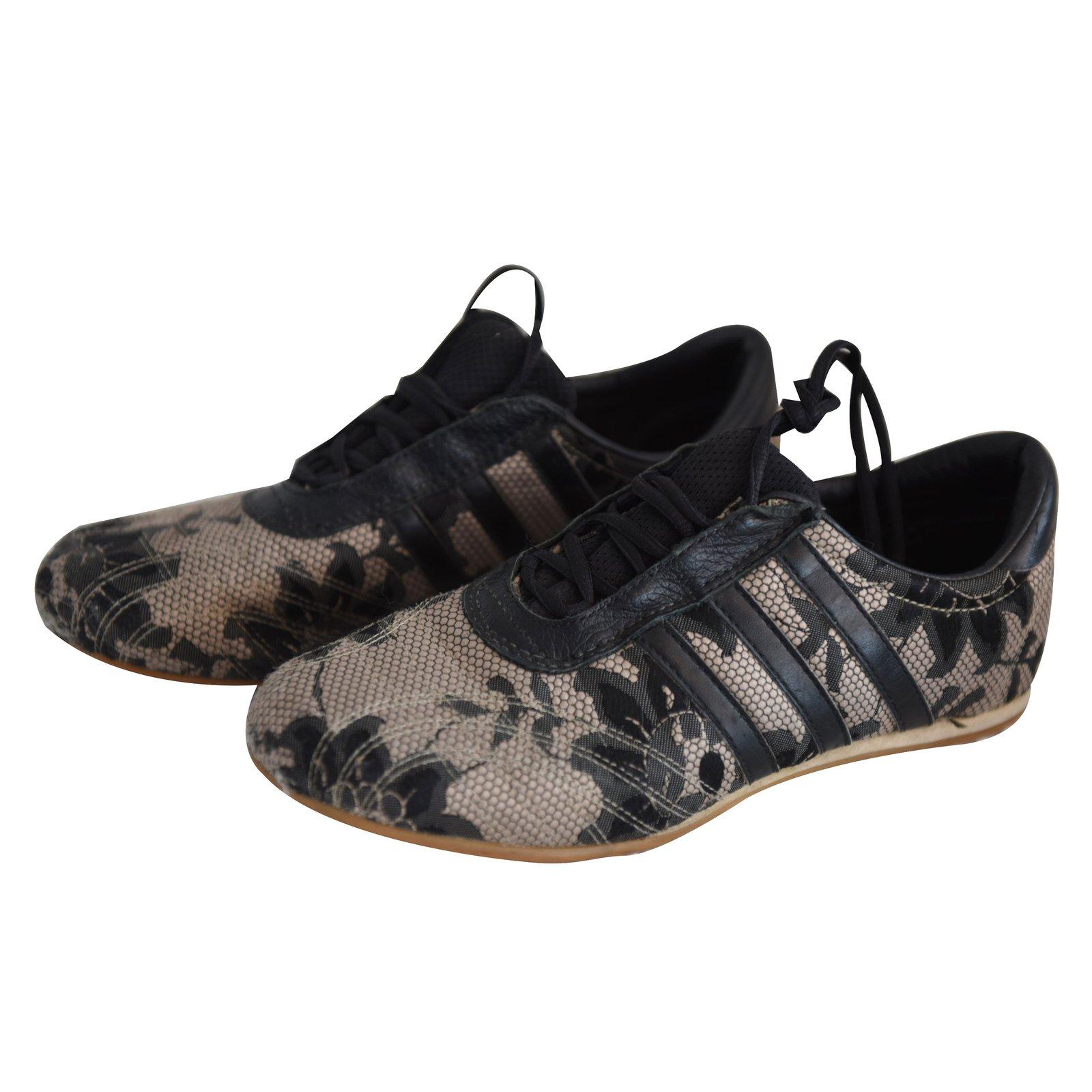 Baskets Adidas Gazelle resille et dentelle beige/noir Tissu Beige ref.21324