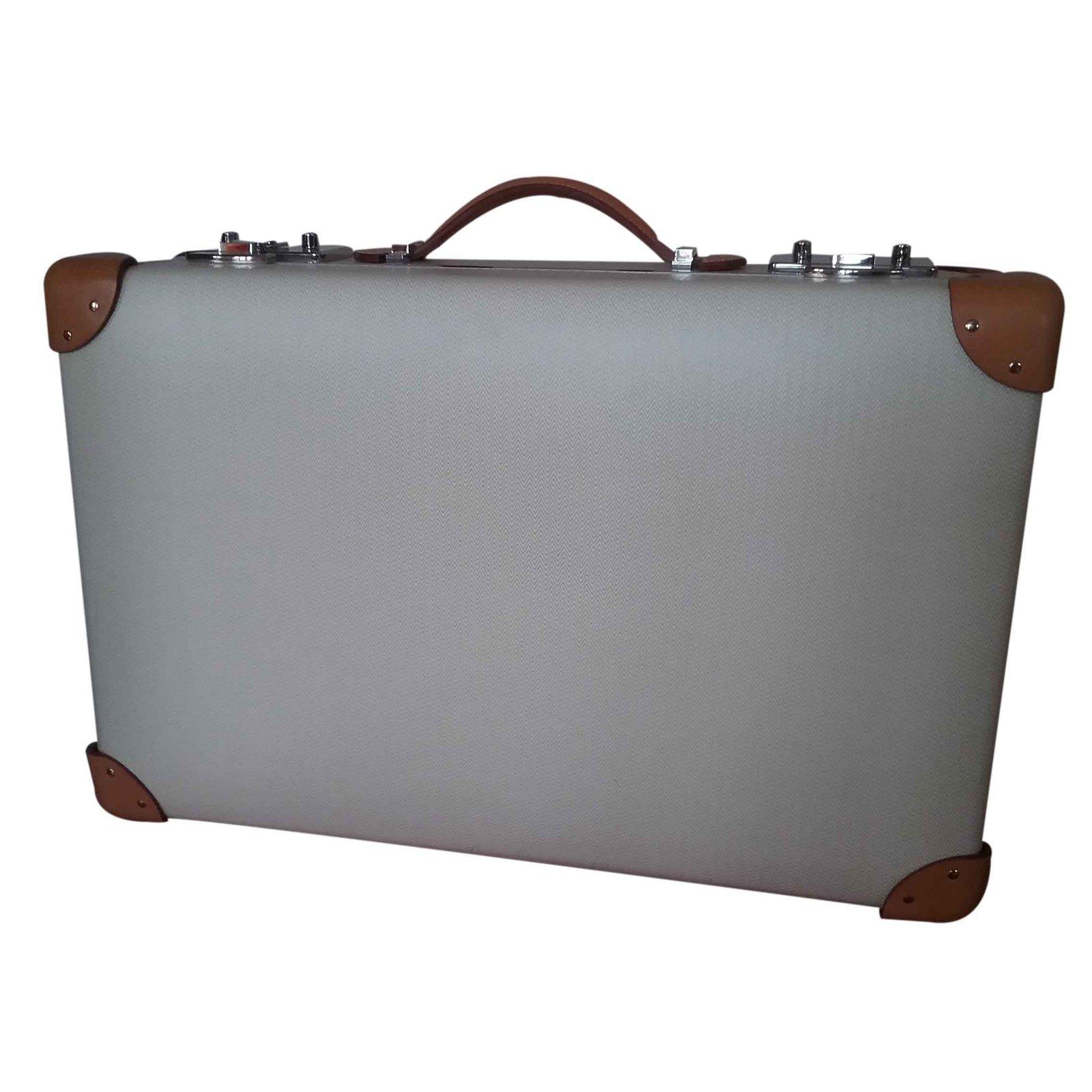 sacs de voyage herm s valise cuir beige joli closet. Black Bedroom Furniture Sets. Home Design Ideas