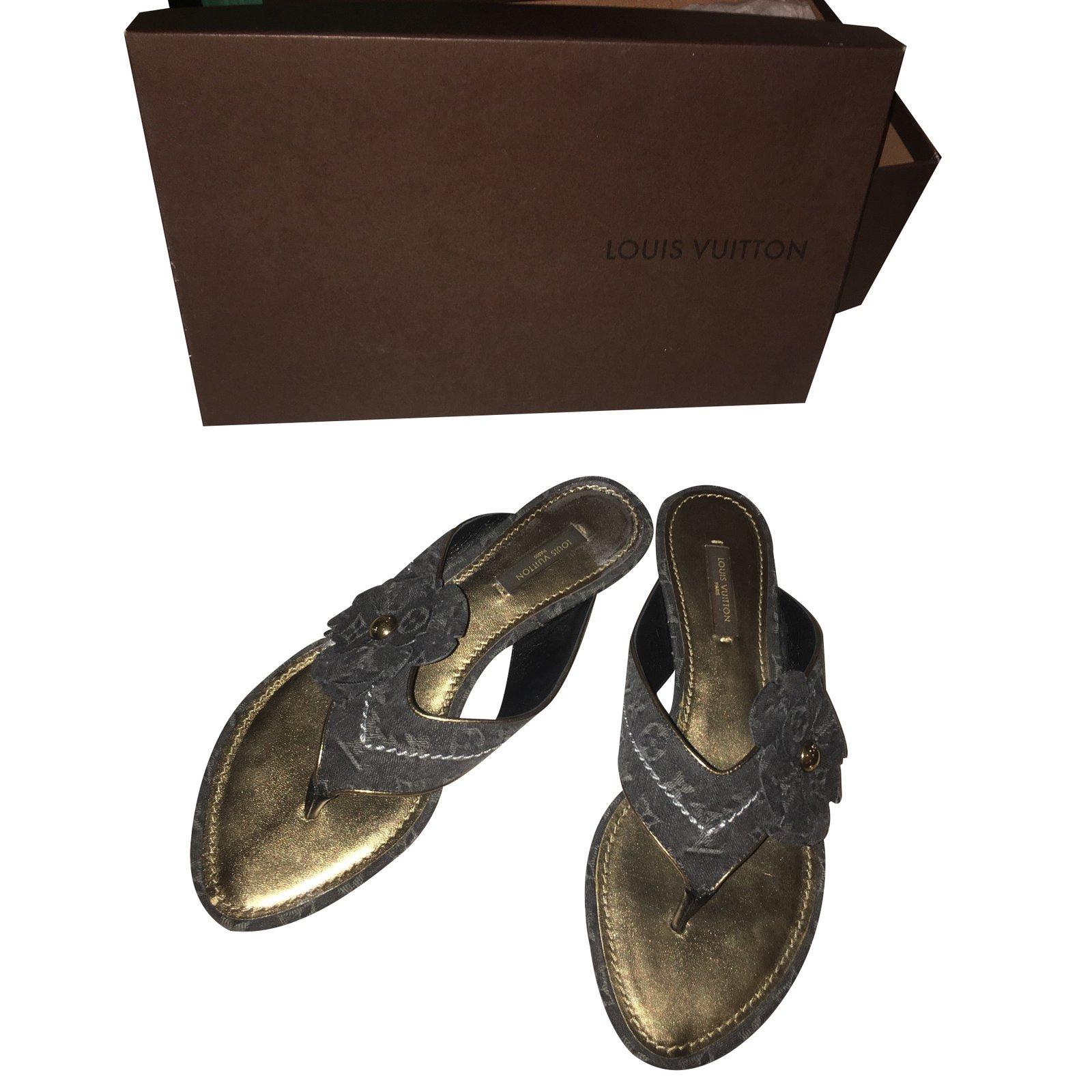 a49ce1015 Louis Vuitton Sandals Sandals Leather Black ref.23137 - Joli Closet