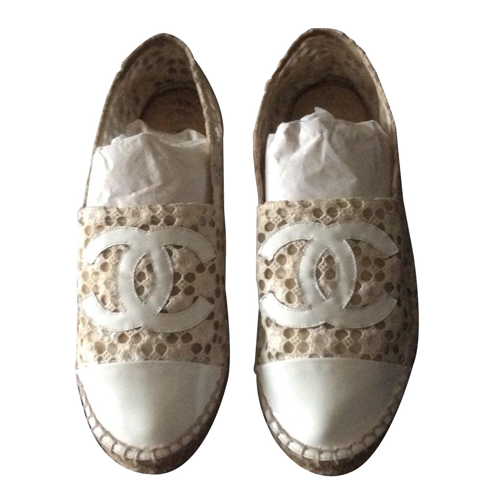 9e693226781 Chanel Canvas Espadrille Flat Shoes Sneakers White - Style Guru ...