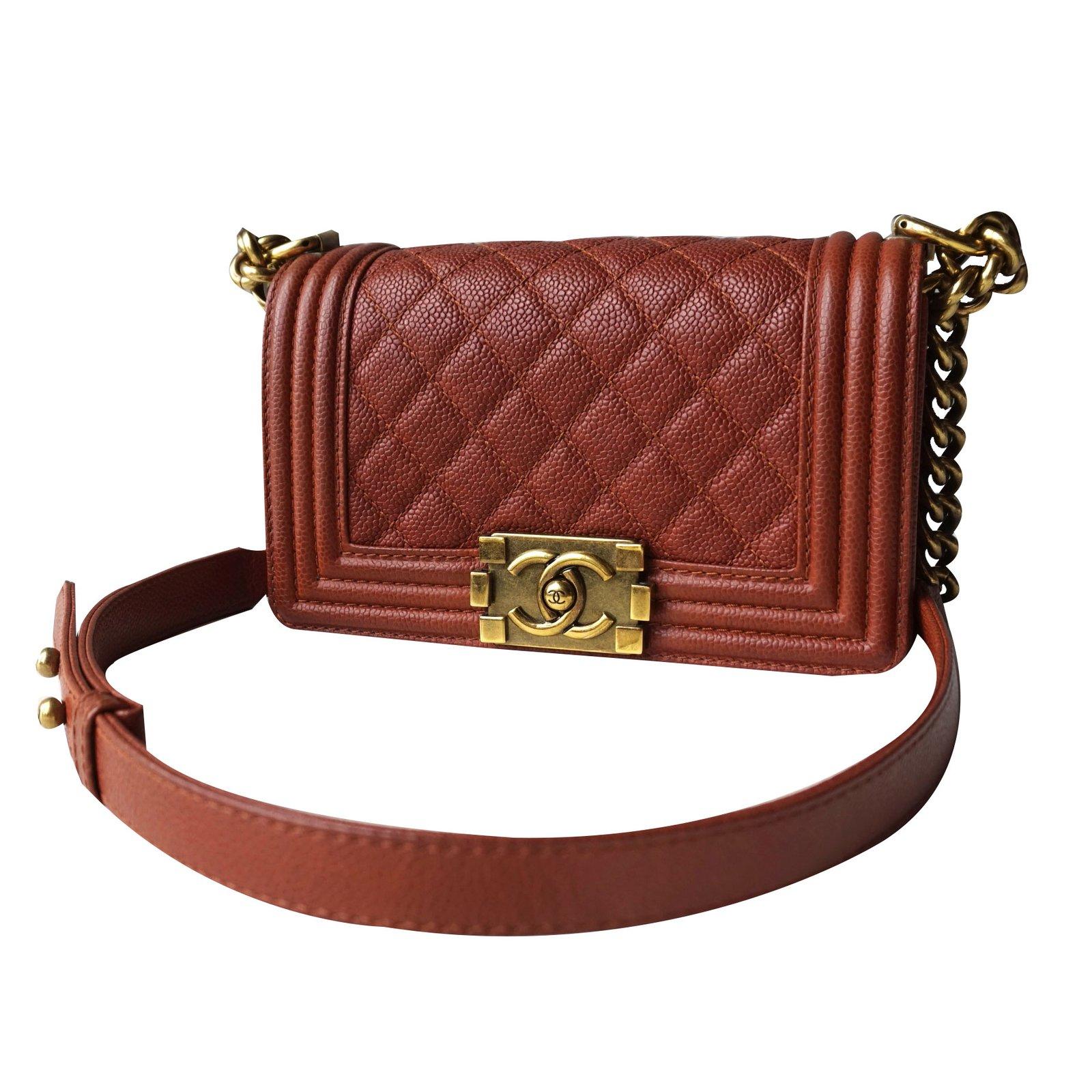 2f0580202f2bcb Chanel Boy Handbags Leather Dark Red Ref 24523 Joli Closet
