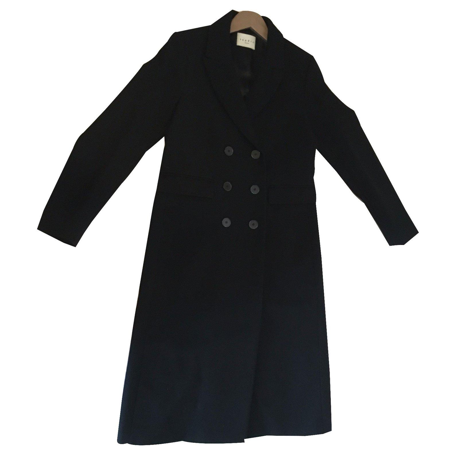 manteaux sandro manteau laine noir joli closet. Black Bedroom Furniture Sets. Home Design Ideas
