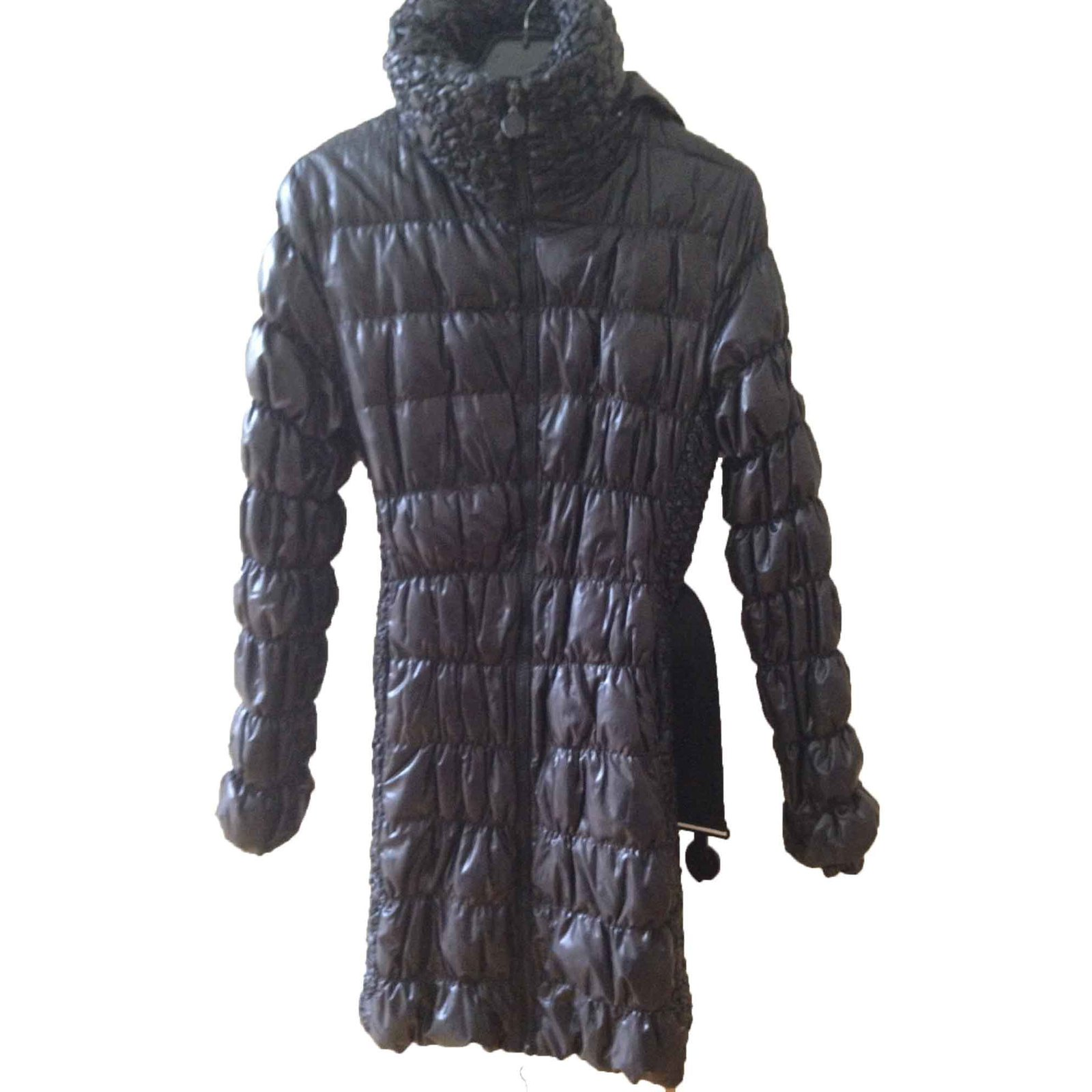 Moncler Moncler black quilted down coat Coats, Outerwear Polyester Black ref.27142