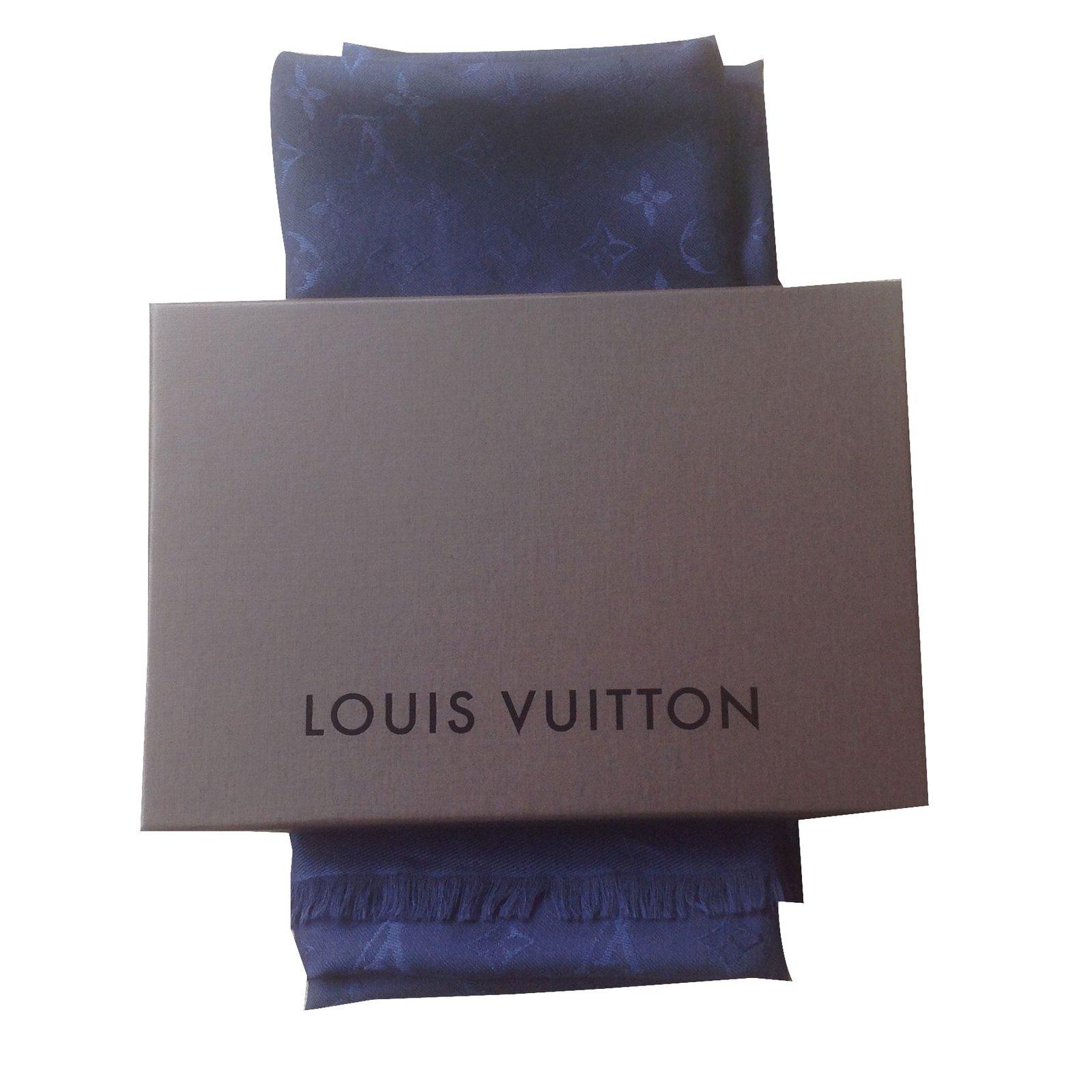 foulard louis vuitton prix,foulard louis vuitton monogram noir soie ... 86b877a697c