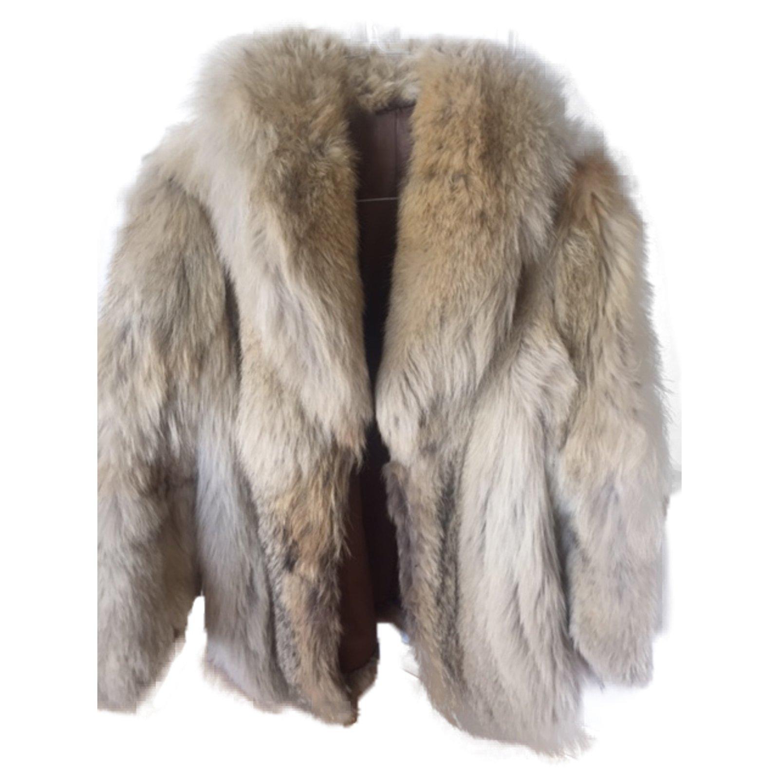 manteaux autre marque manteau de fourrure renard fourrure beige joli closet. Black Bedroom Furniture Sets. Home Design Ideas