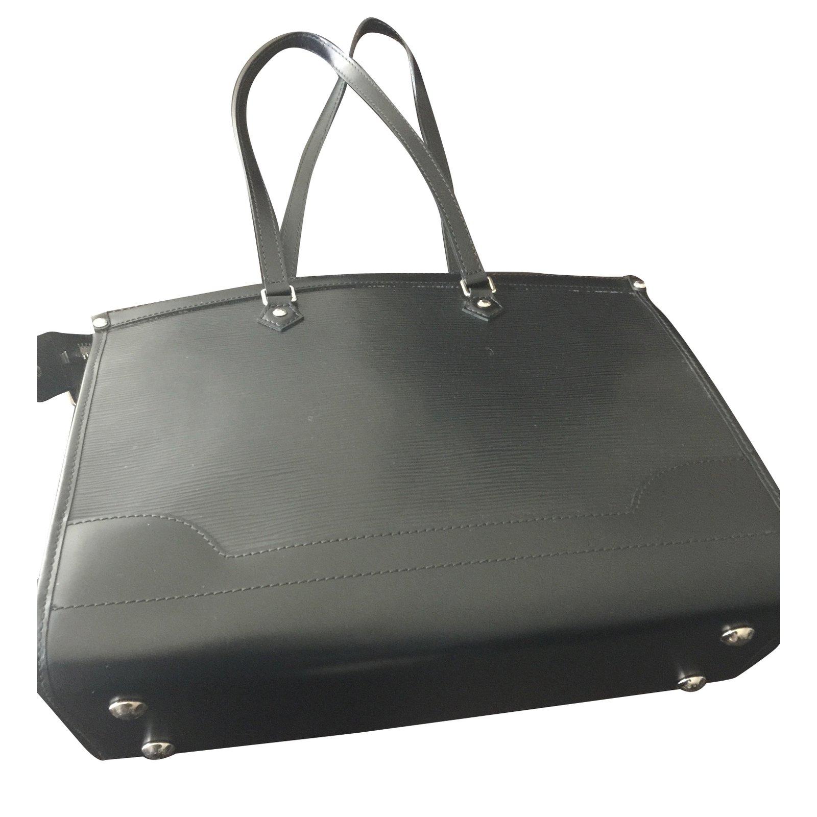 6e1a6b6623ec Louis Vuitton Epi leather bag Handbags Leather Black ref.30799 ...