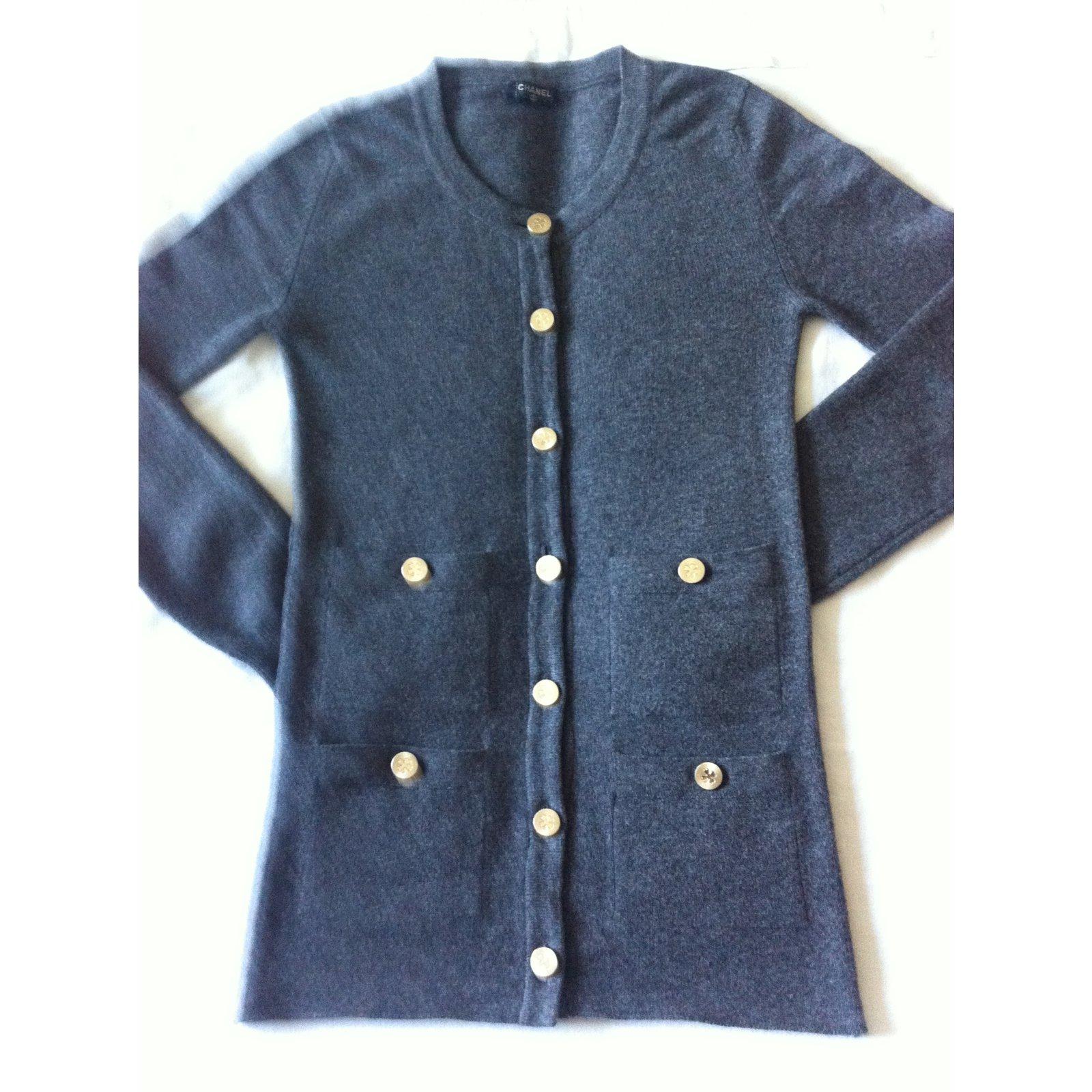 bee3f9fd5822 Pulls, Gilets Chanel Cardigan Cachemire Gris ref.30893 - Joli Closet