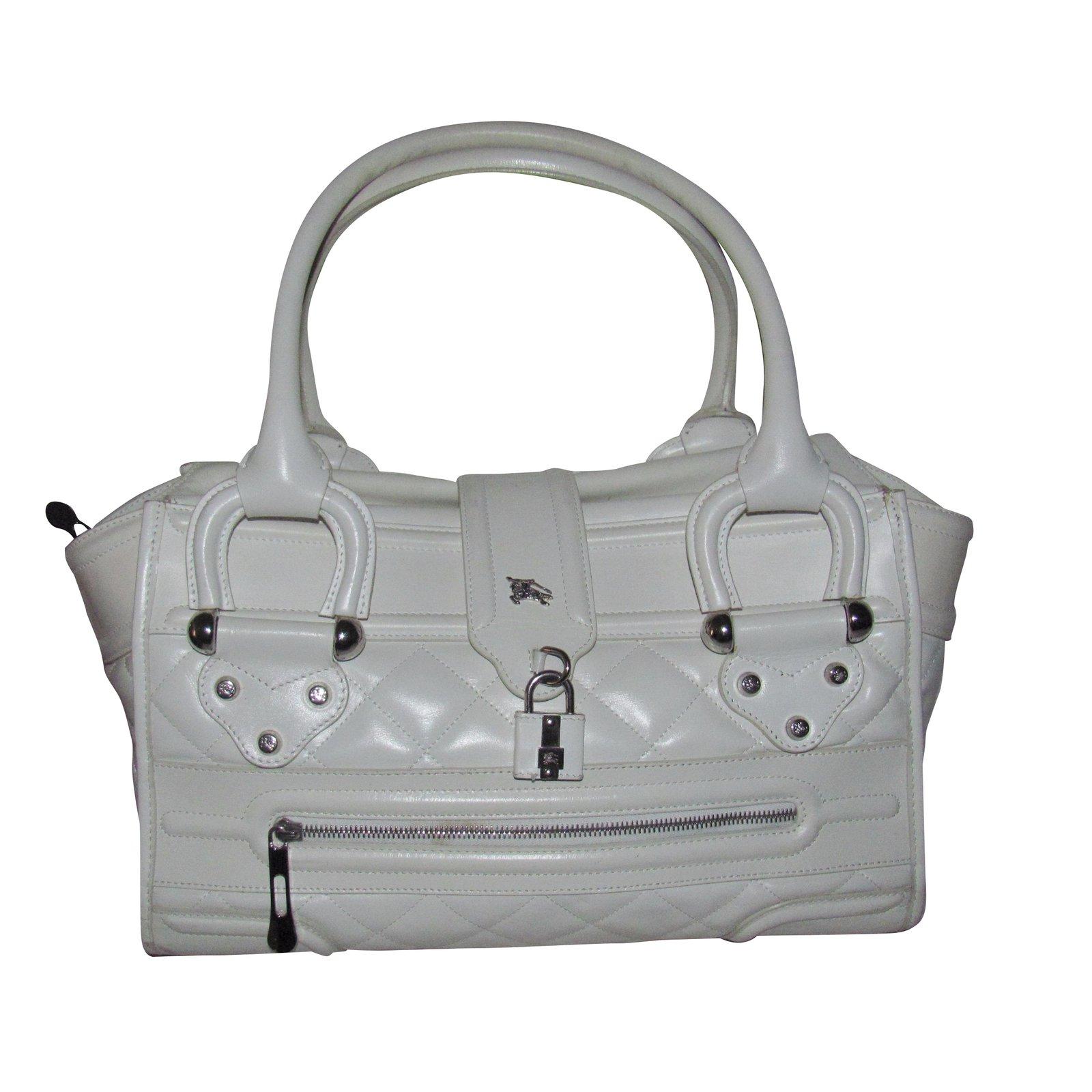 0143e7a18b0e Burberry Handbag Handbags Leather Cream ref.31716 - Joli Closet