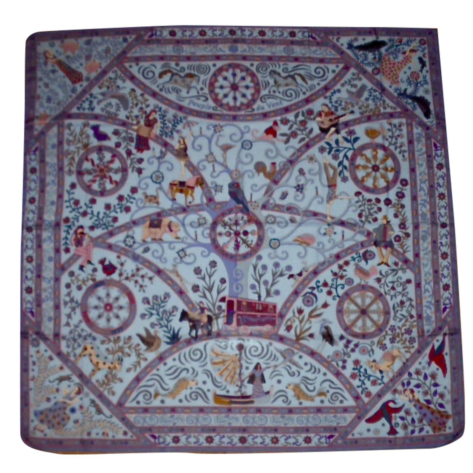 Carrés Hermès PEUPLE du VENT Cachemire Multicolore ref.32464 - Joli ... 2e9f0c9d6ea
