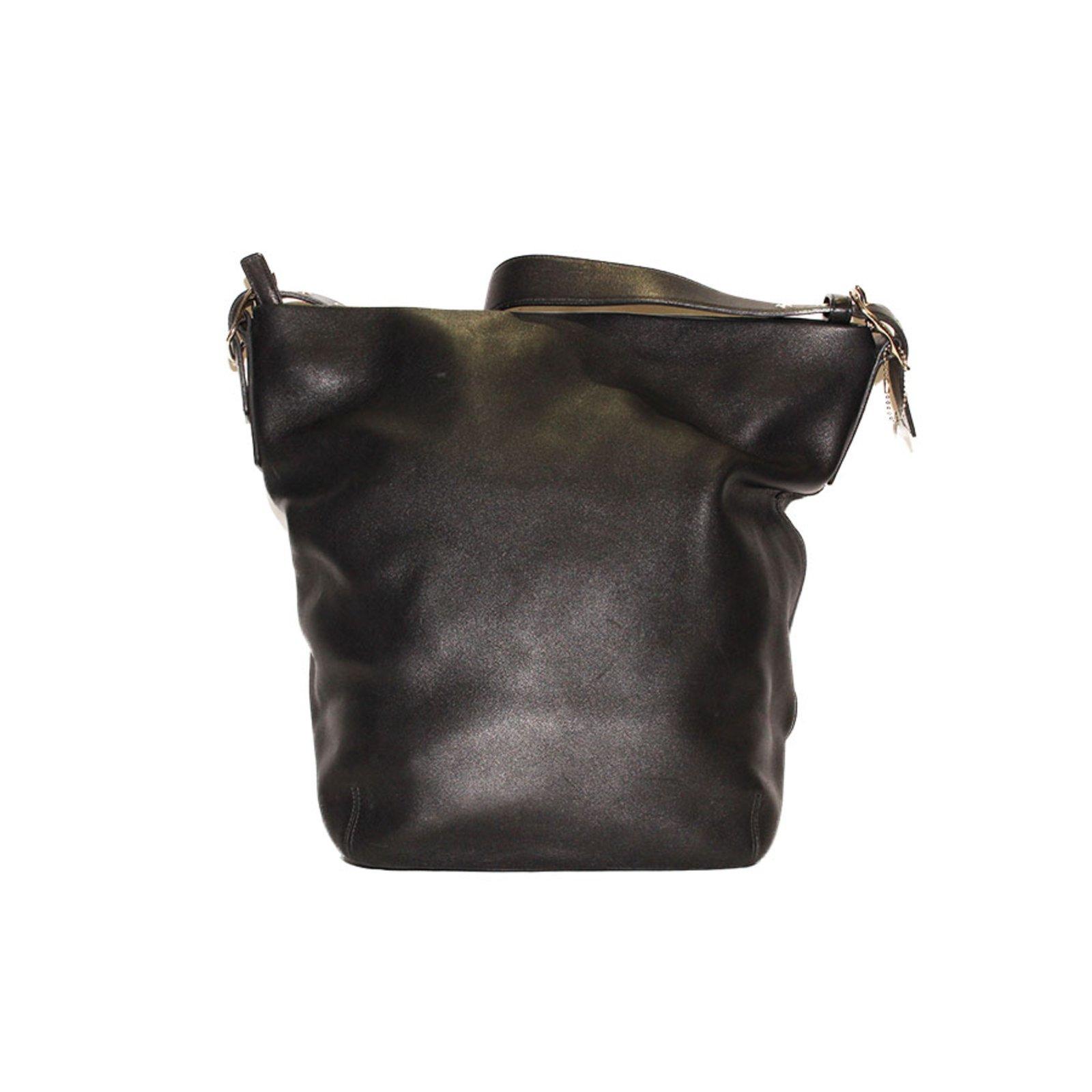 sacs main coach sac coach en cuir noir anse en cuir cuir noir joli closet. Black Bedroom Furniture Sets. Home Design Ideas