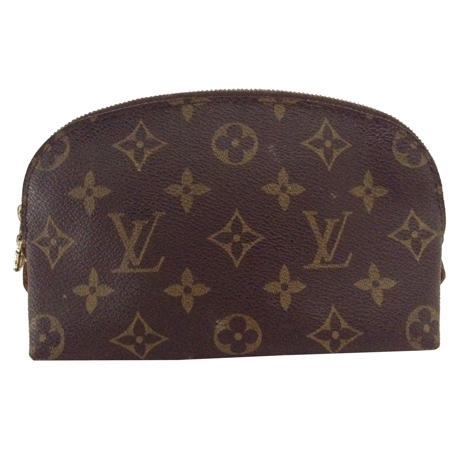 e50dadba986b Louis Vuitton Clutch bag Clutch bags Leather Brown ref.35910 - Joli ...