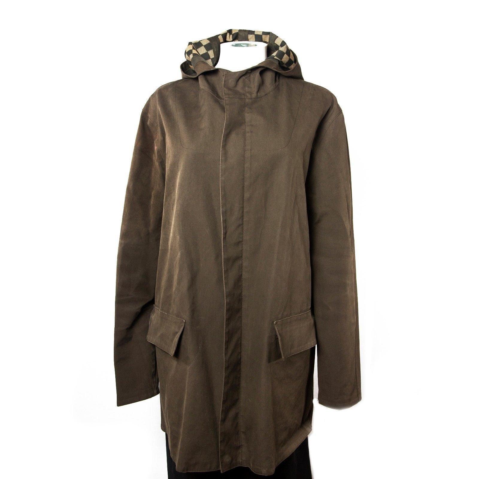 manteaux homme louis vuitton veste longue capuche damier autre marron joli closet. Black Bedroom Furniture Sets. Home Design Ideas