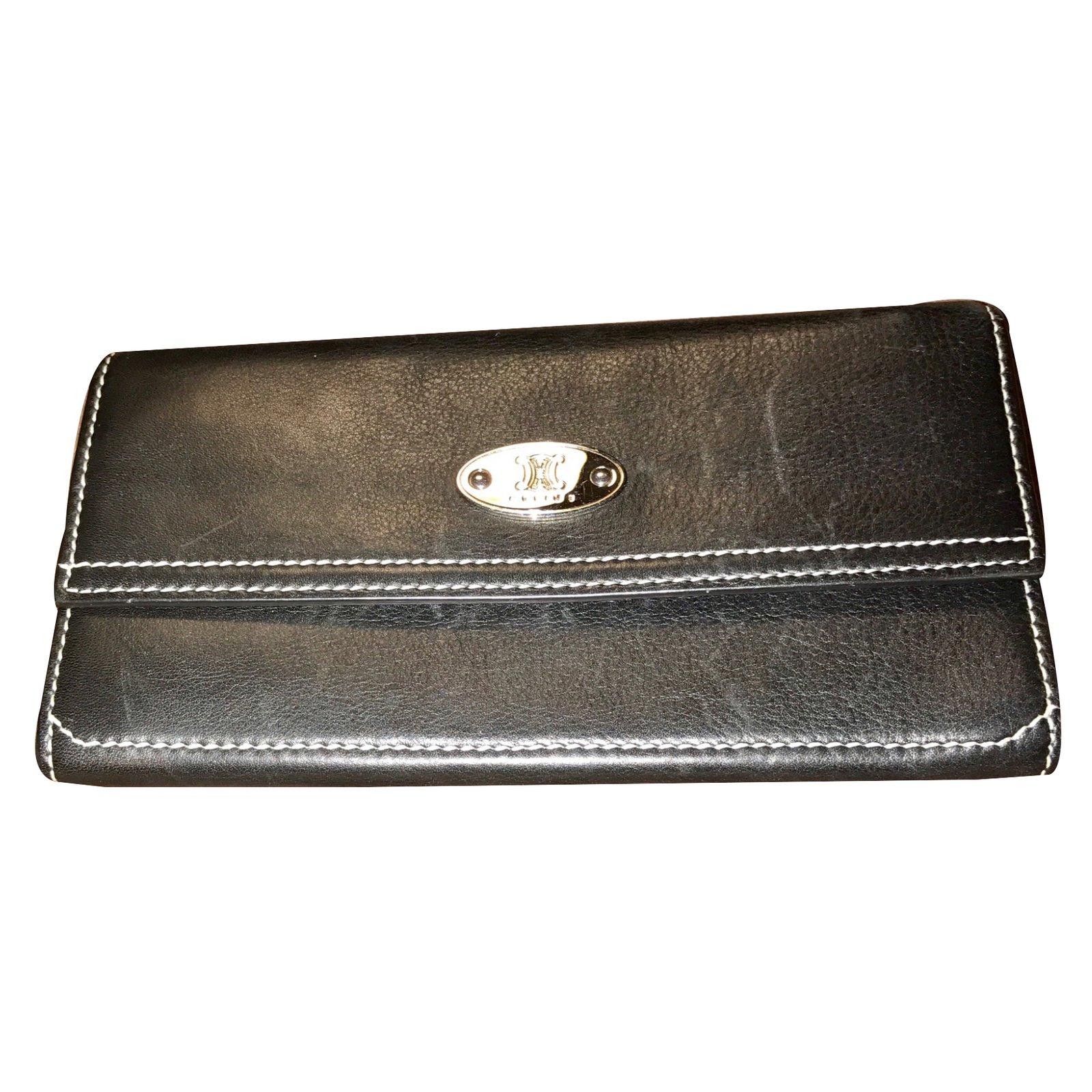 portefeuilles c line portefeuille de la marque celine mixte cuir noir joli closet. Black Bedroom Furniture Sets. Home Design Ideas