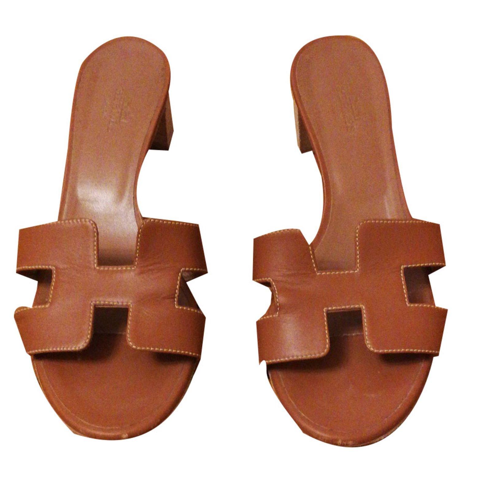 aeb6158eb6e9 Sandales Hermès Sandales hermes Oasis Cuir Caramel ref.37877 - Joli ...