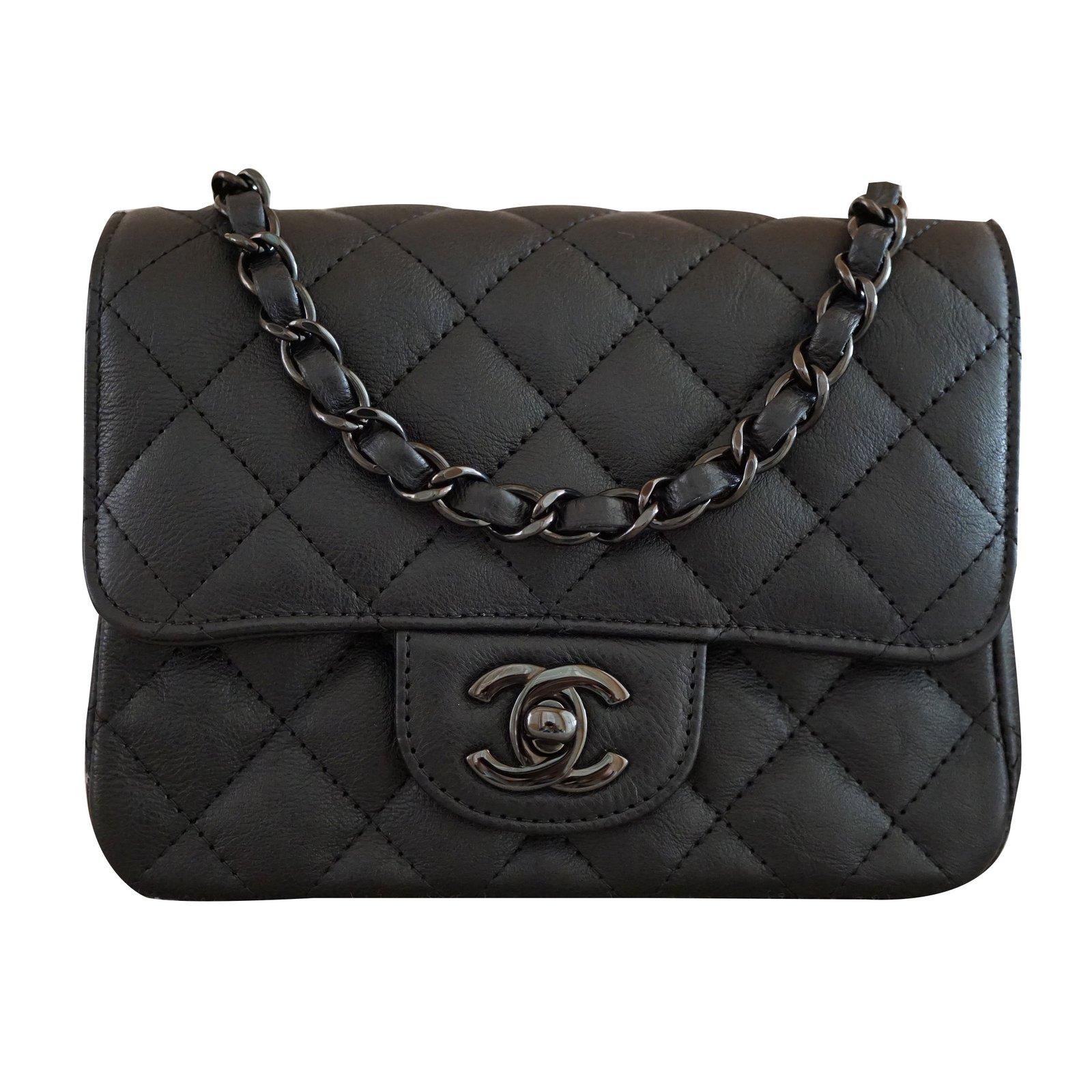Chanel Black Square Mini Handbags Leather Ref 38560