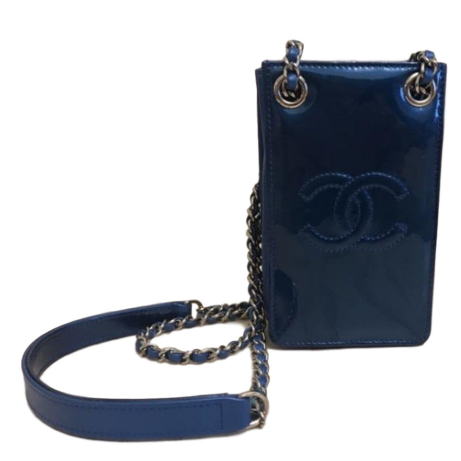 606df4a06d12 Chanel o-phone crossbody Handbags Patent leather Blue ref.38613 ...