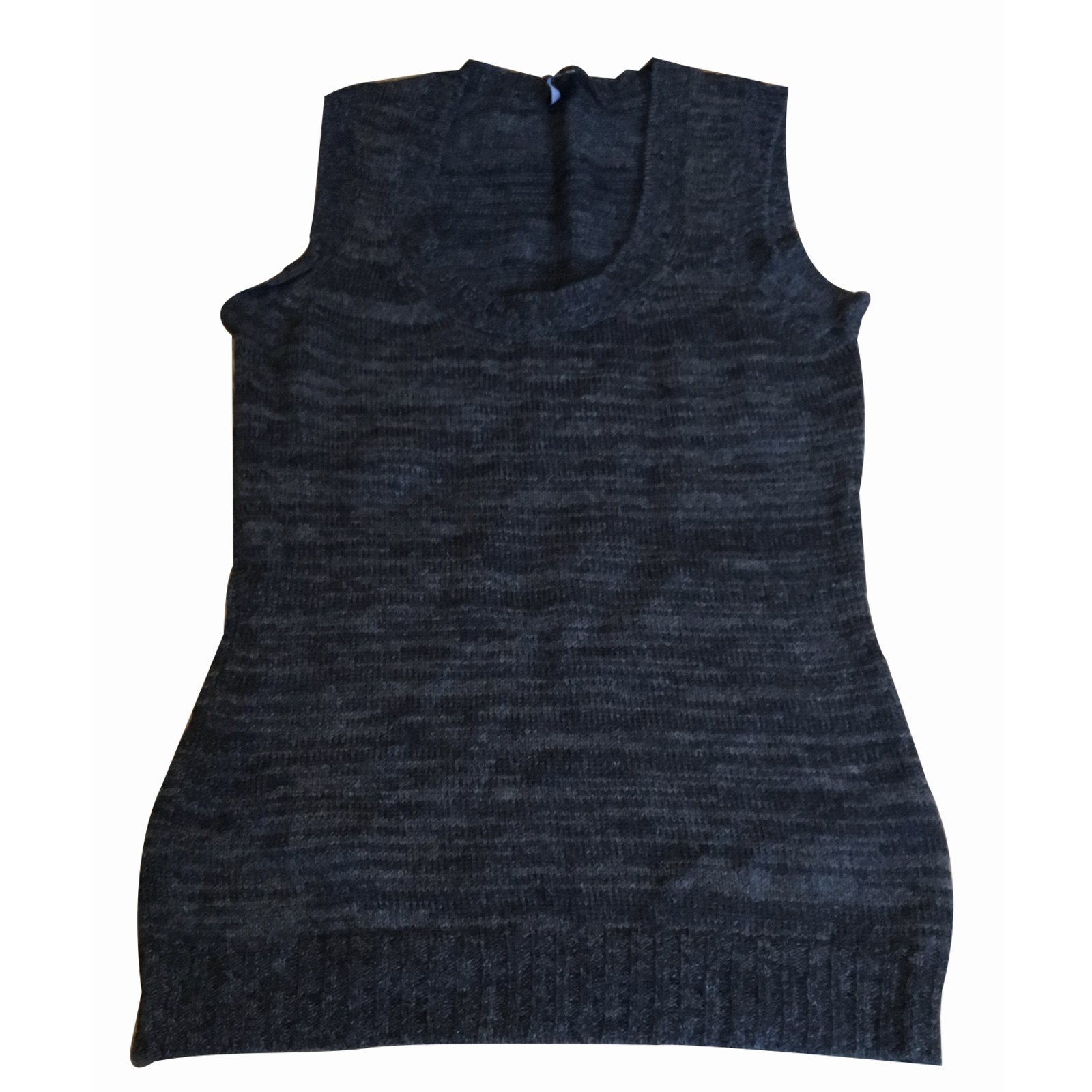 pulls gilets gucci pull gilet cachemire gris joli closet. Black Bedroom Furniture Sets. Home Design Ideas