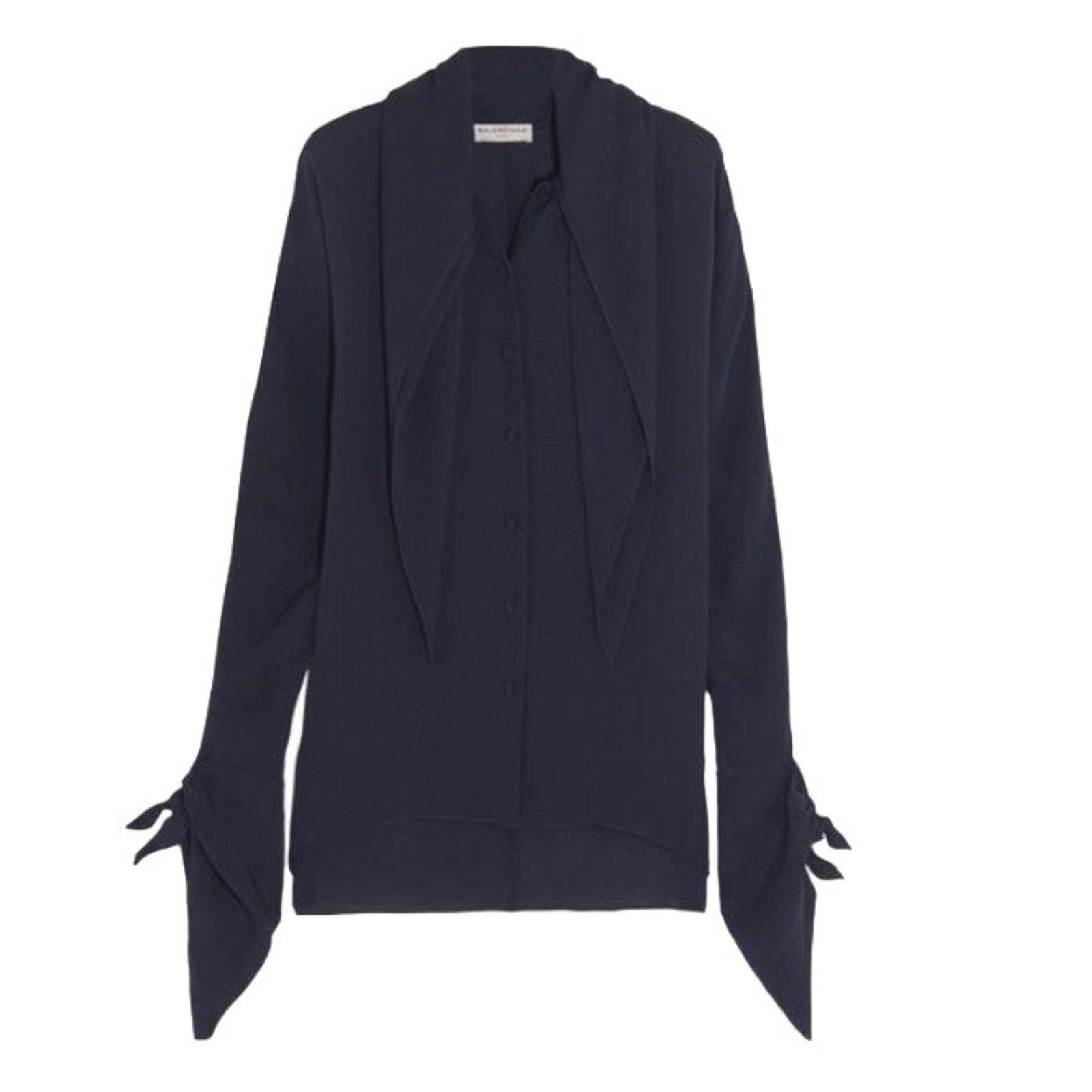 e4af855e4d82b Balenciaga Blouse Tops Silk Navy blue ref.39748 - Joli Closet