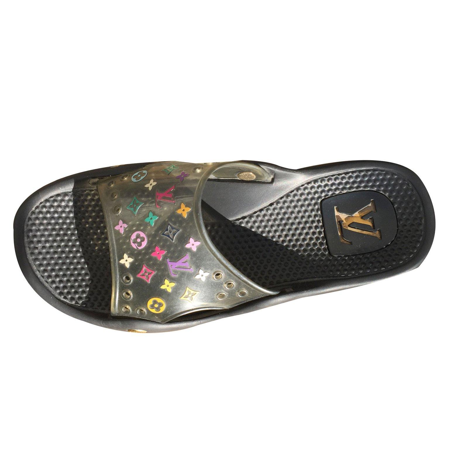 Sandales homme Louis Vuitton sandale plage piscine LOUIS VUITTON Plastique  Multicolore ref.41319 cdde4523888