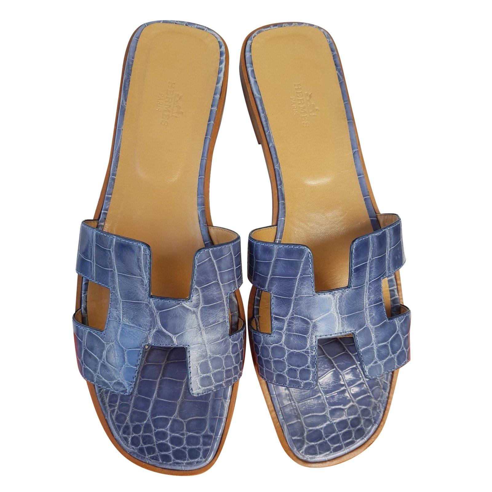 defd2086f18e Hermès Oran flat sandals in crocodile Sandals Exotic leather Blue ref.41620