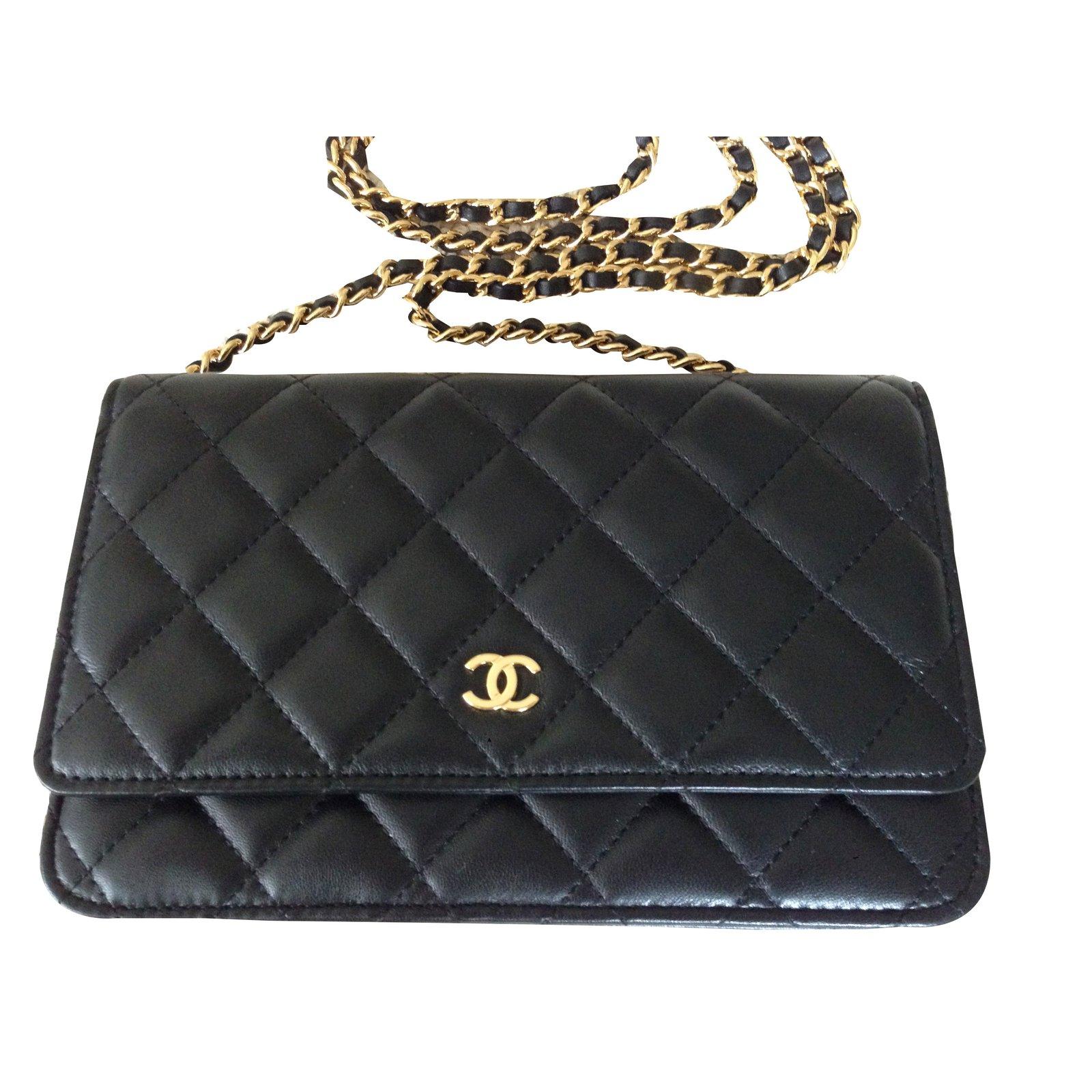f27b3e8ff5 Chanel Wallet On Chain Handbags Leather Black ref.43455 - Joli Closet