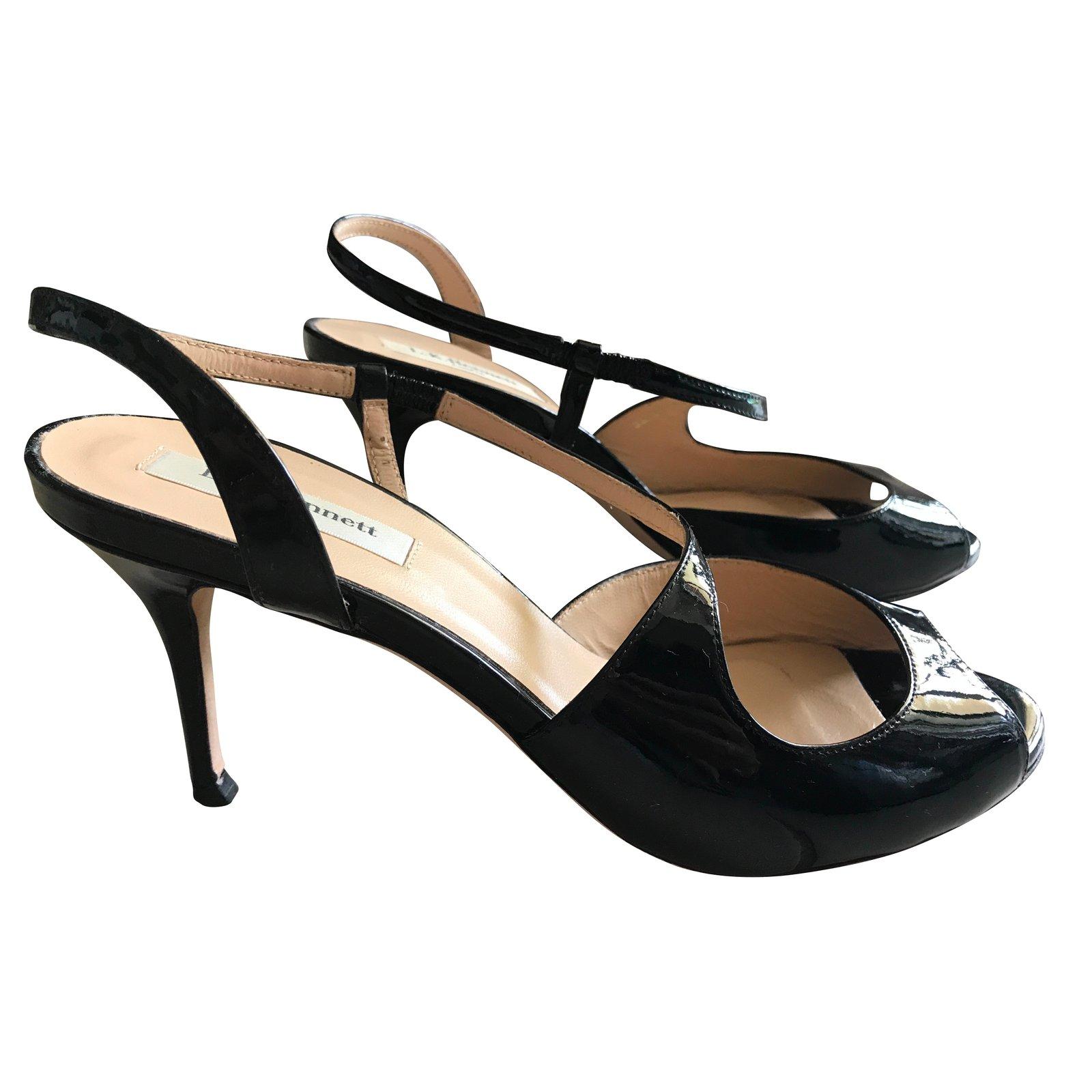 sandales lk bennett sandales cuir vernis noir joli closet. Black Bedroom Furniture Sets. Home Design Ideas