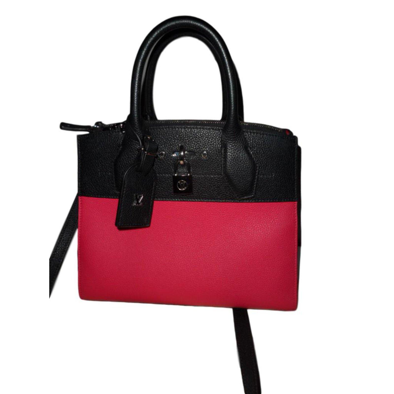 8892e61d16a8 Louis Vuitton Handbags Handbags Leather Black ref.46389 - Joli Closet