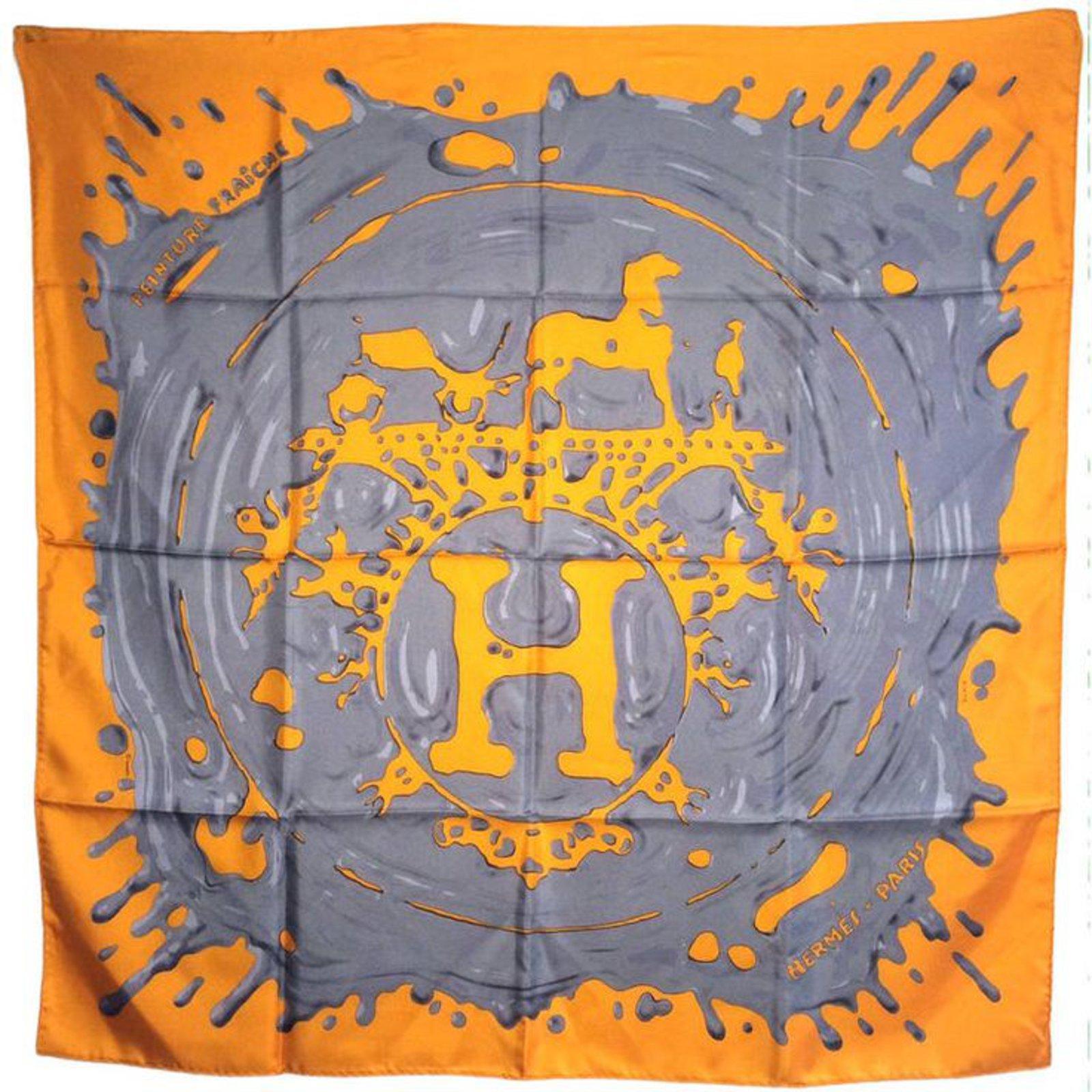 8afe06e179 Carrés Hermès PEINTURE FRAICHE Soie Orange ref.47871 - Joli Closet