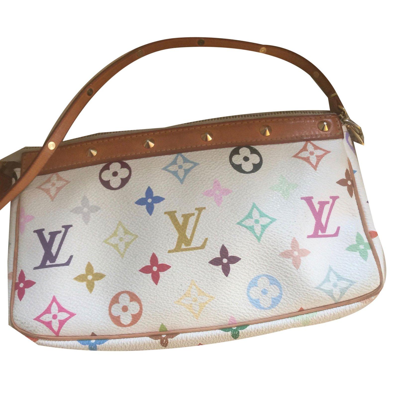 8dad81996 Louis Vuitton Clutch Bags Leather White Ref 48136 Joli