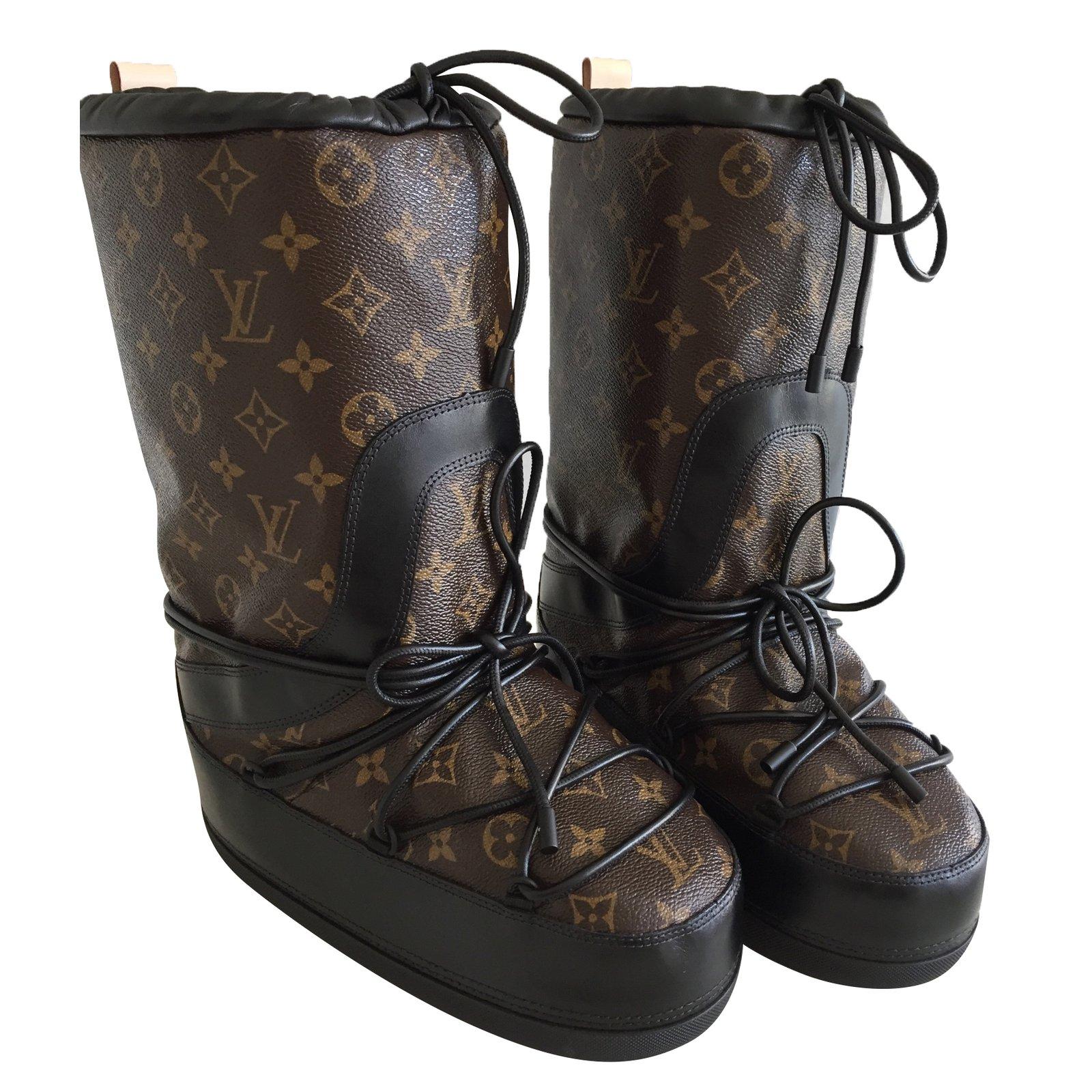 Louis Vuitton Snow day boots Boots Fur