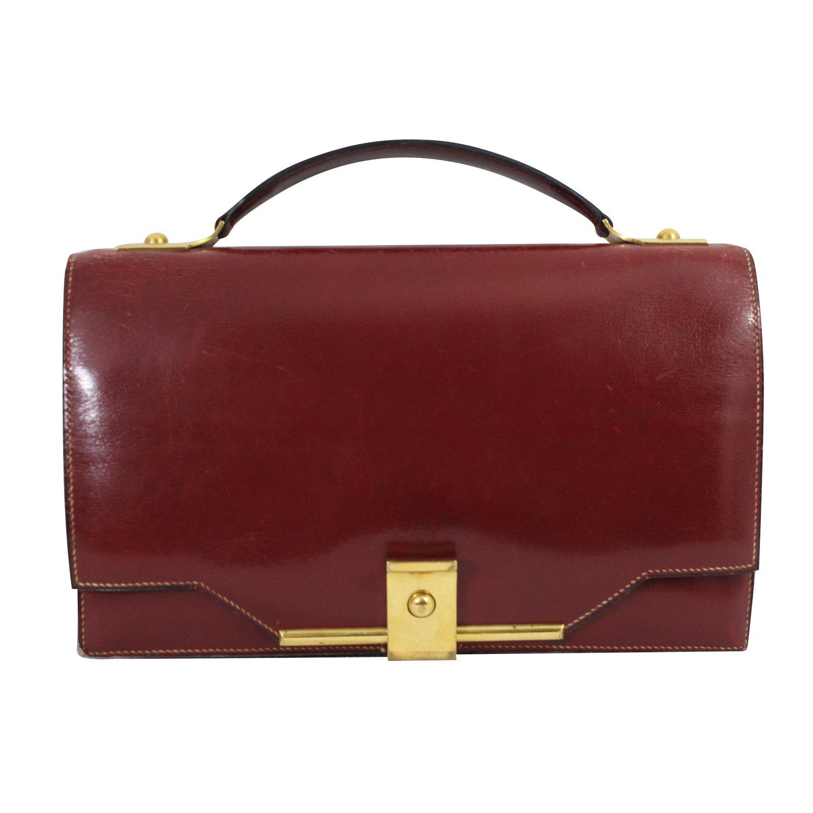 447b92da111f Hermès Vintage Clutch Handbags Leather Dark red ref.49060 - Joli Closet