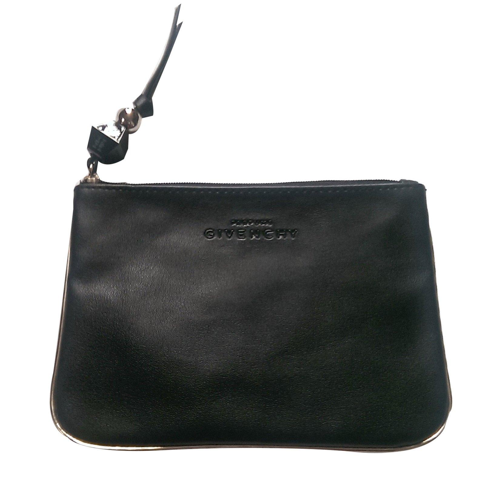 Petite maroquinerie Givenchy Trousse de maquillage Polyester Noir ref.49264 c22885ae4b5