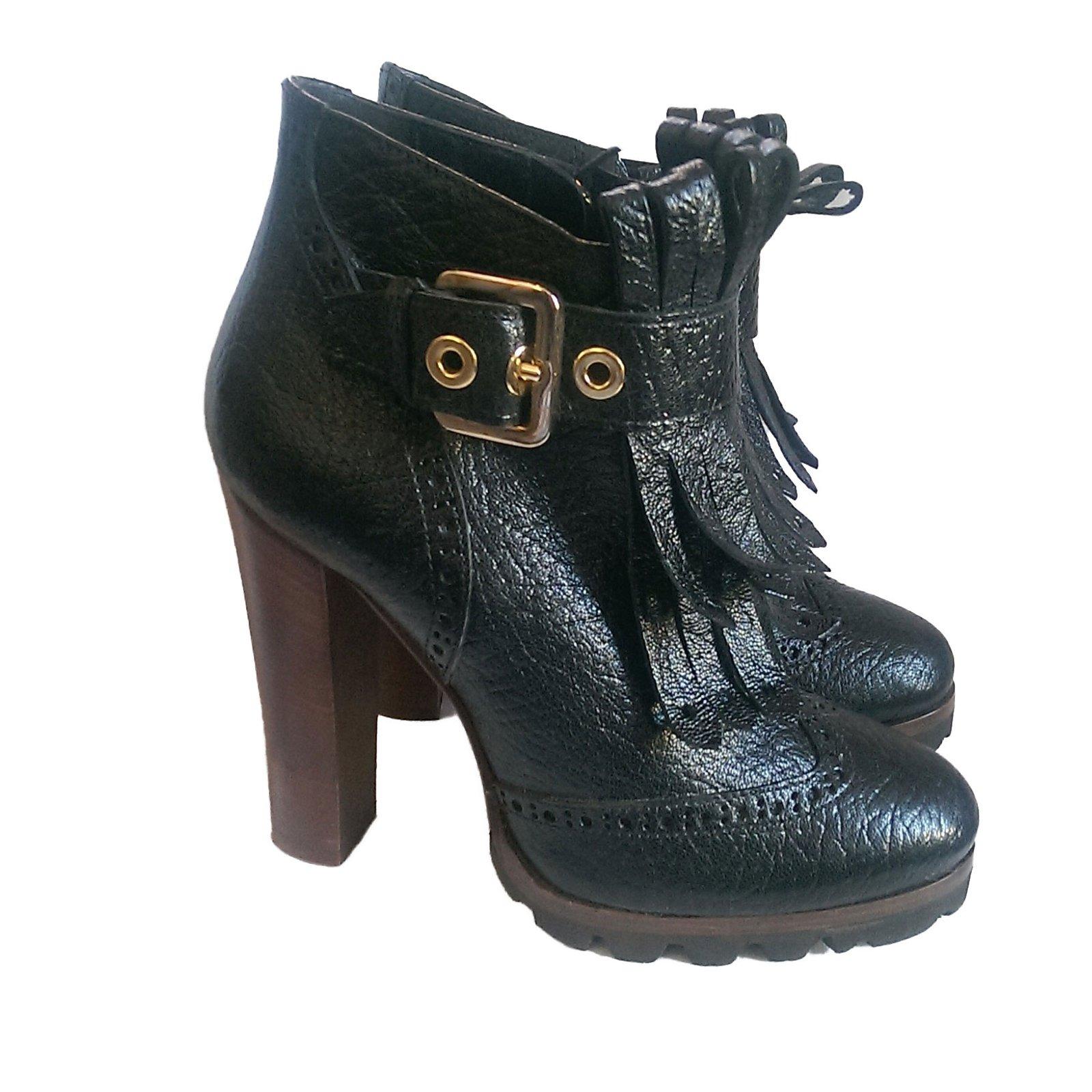 241f3baa5ca3 Autre Marque Aldo Castagna Ankle Boots Leather Black ref.49907 ...