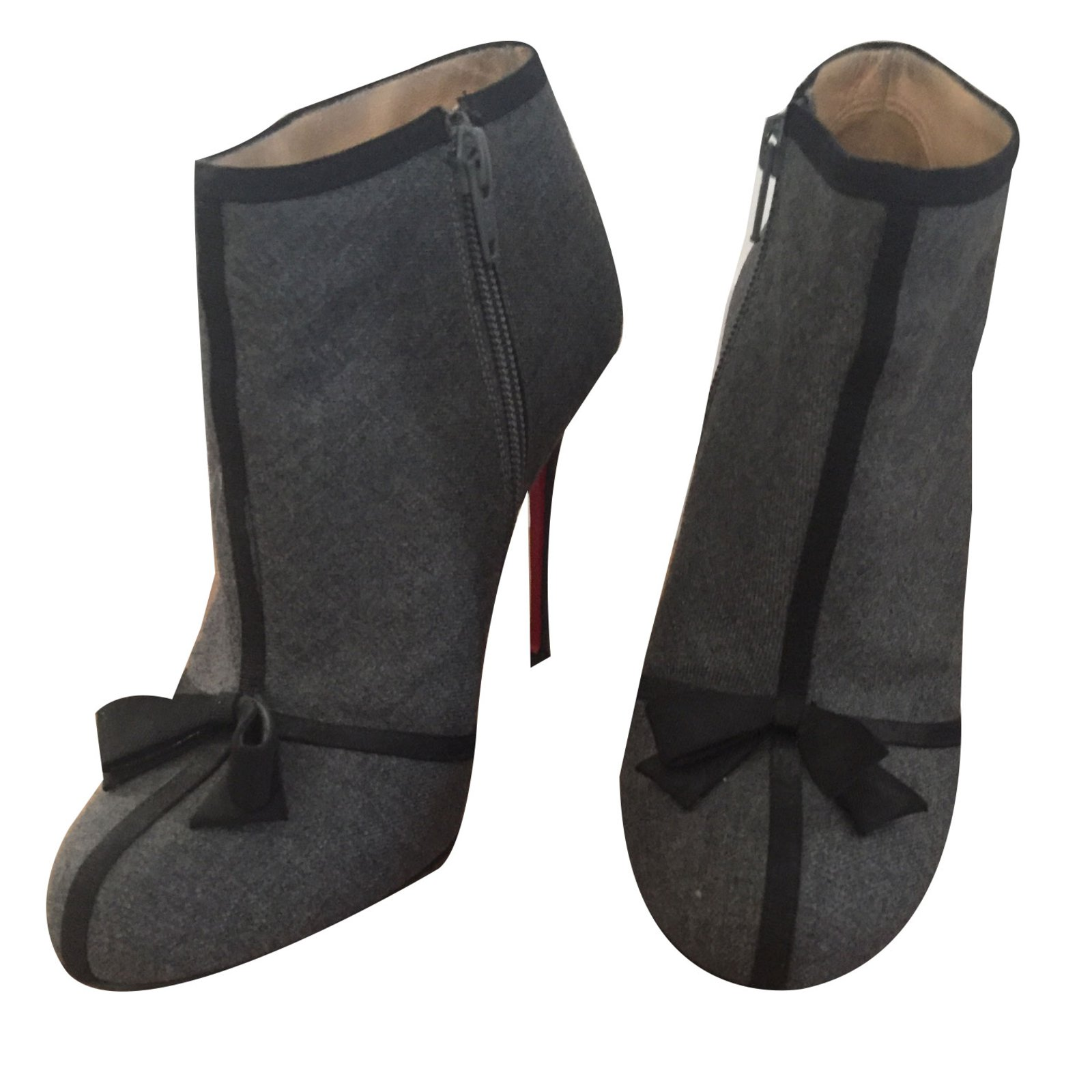 bottines grises louboutin