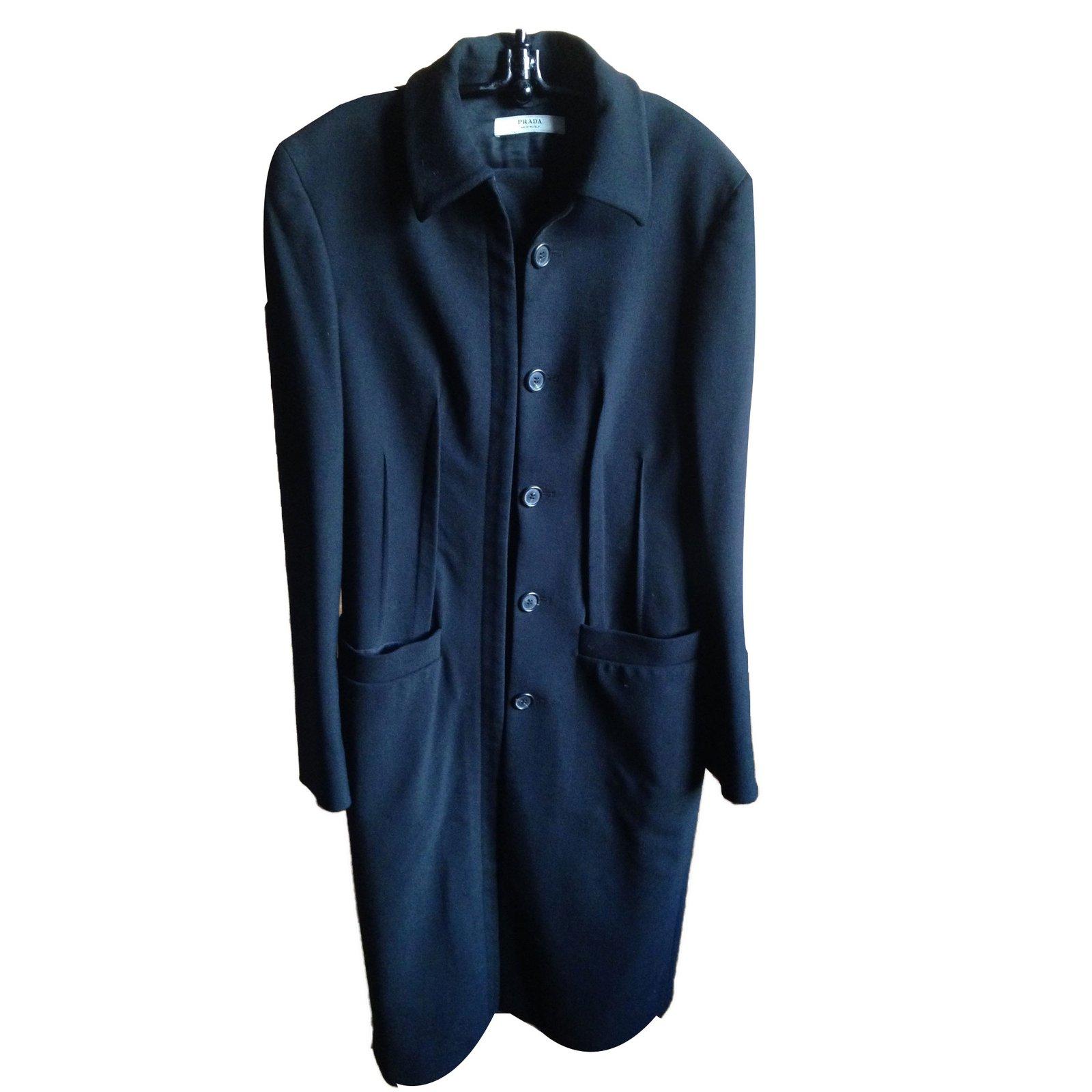 manteaux prada manteau laine noir joli closet. Black Bedroom Furniture Sets. Home Design Ideas