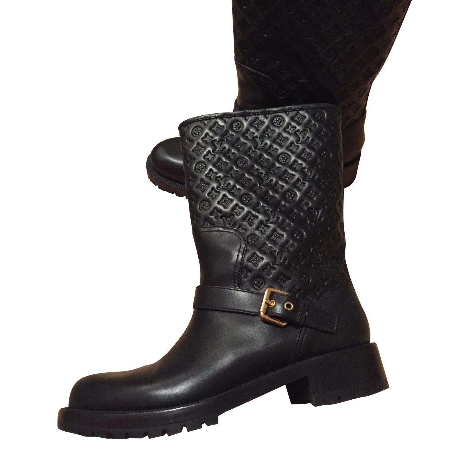 Bottes Louis Vuitton Bottes Cuir Noir ref.51625 49bd54d02d2