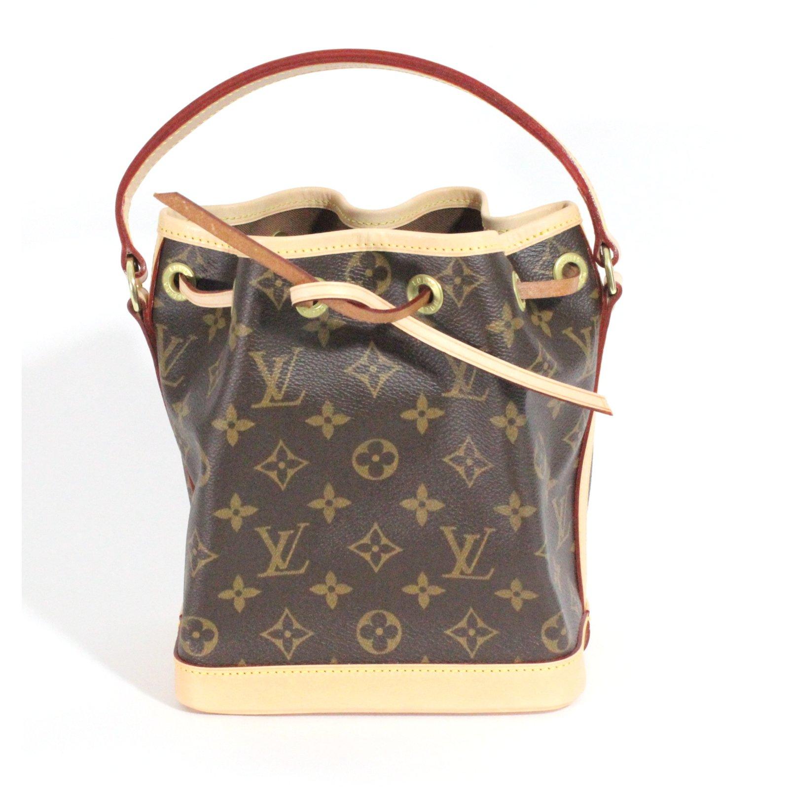 7b910b68cb0 Sacs à main Louis Vuitton Mini Noé monogrammé BB Cuir