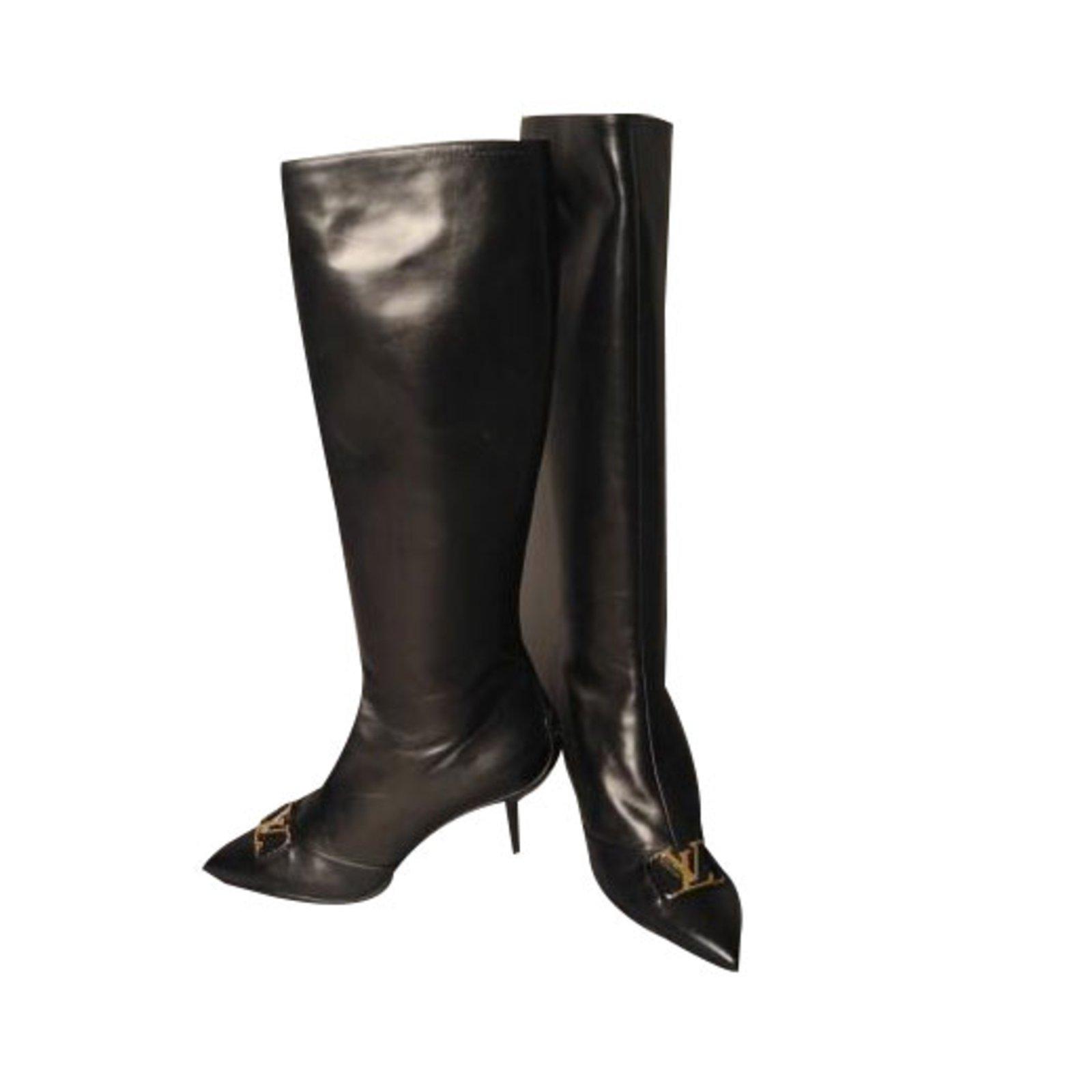 69cca5943b3 Louis Vuitton Boots Boots Leather Black ref.52493 - Joli Closet