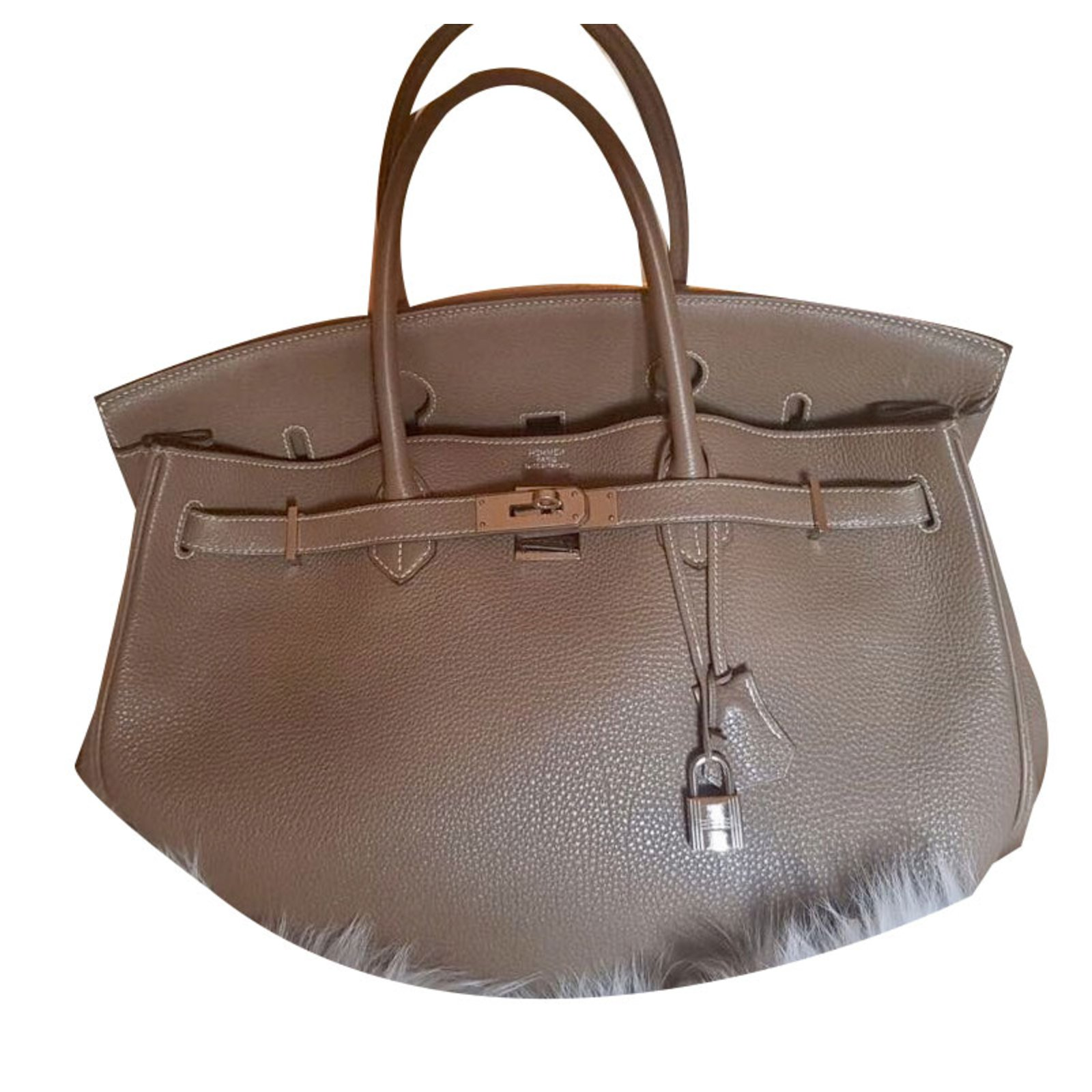 e5ecda6f0167 Hermès Birkin 40 Handbags Leather Taupe ref.53118 - Joli Closet