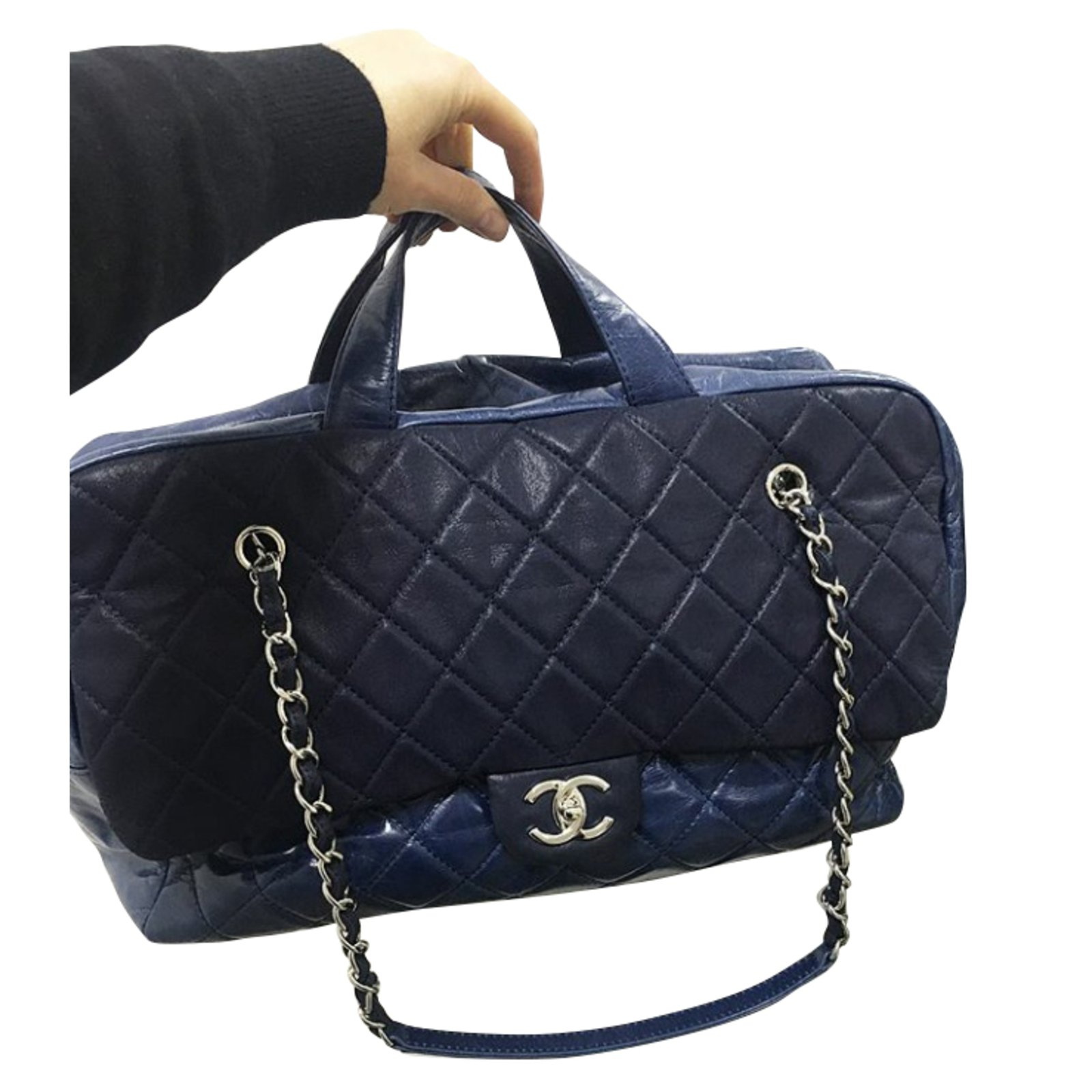 b4d08e36a Chanel Travel Bag With Wheels   The Shred Centre
