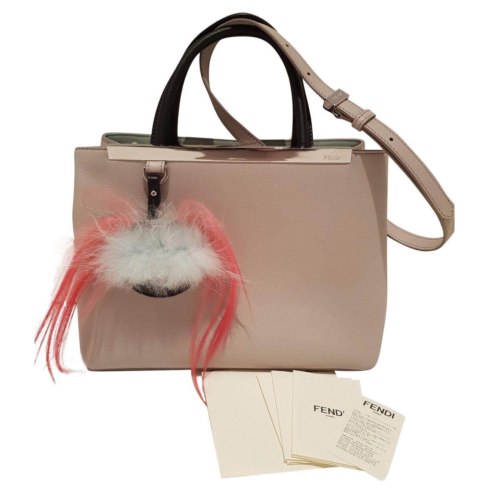 Fendi 2 Jours Handbags Leather Grey ref.54292 - Joli Closet