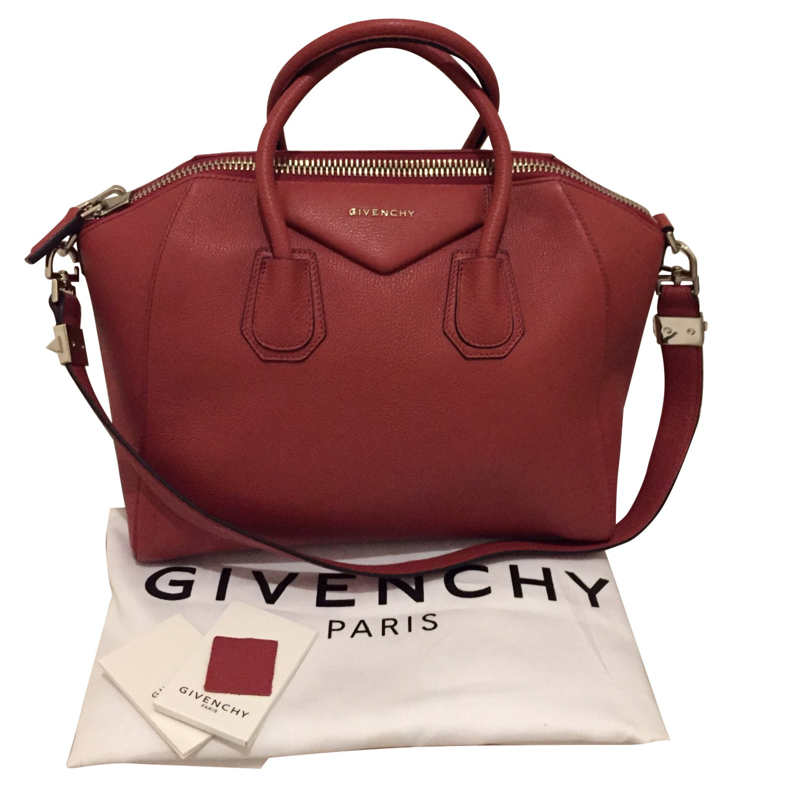 55c0317943 ... hot sale online 1f107 1842a Givenchy Antigona Handbags Leather Red ref.54630  ...