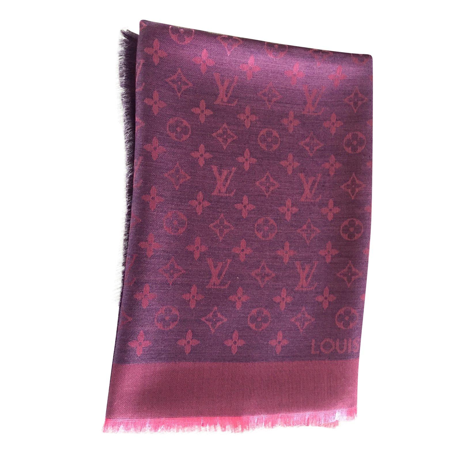 249b3b54ec53 Louis Vuitton Scarves Scarves Silk
