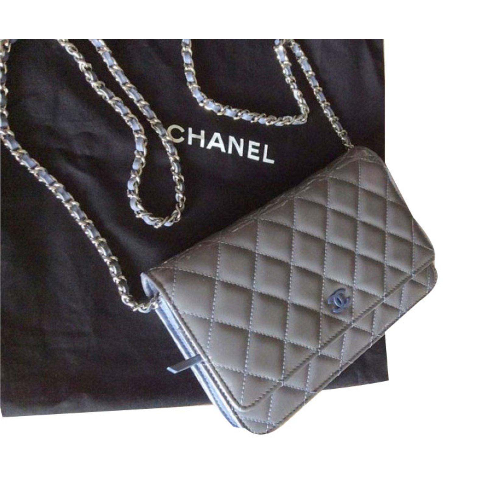 541c19512359 Chanel WOC Handbags Patent leather Grey ref.55268 - Joli Closet