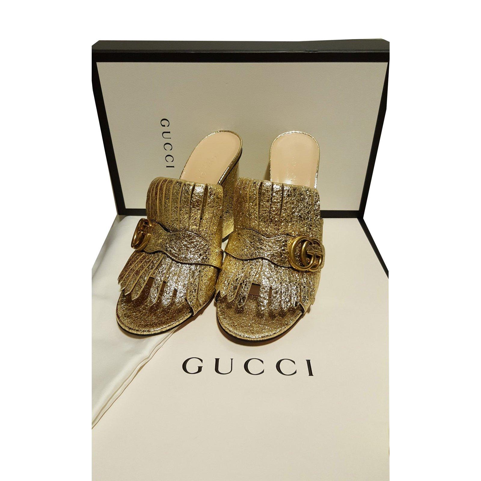 207fec6e7 Gucci Gucci marmont Sandals Leather Golden ref.56270 - Joli Closet