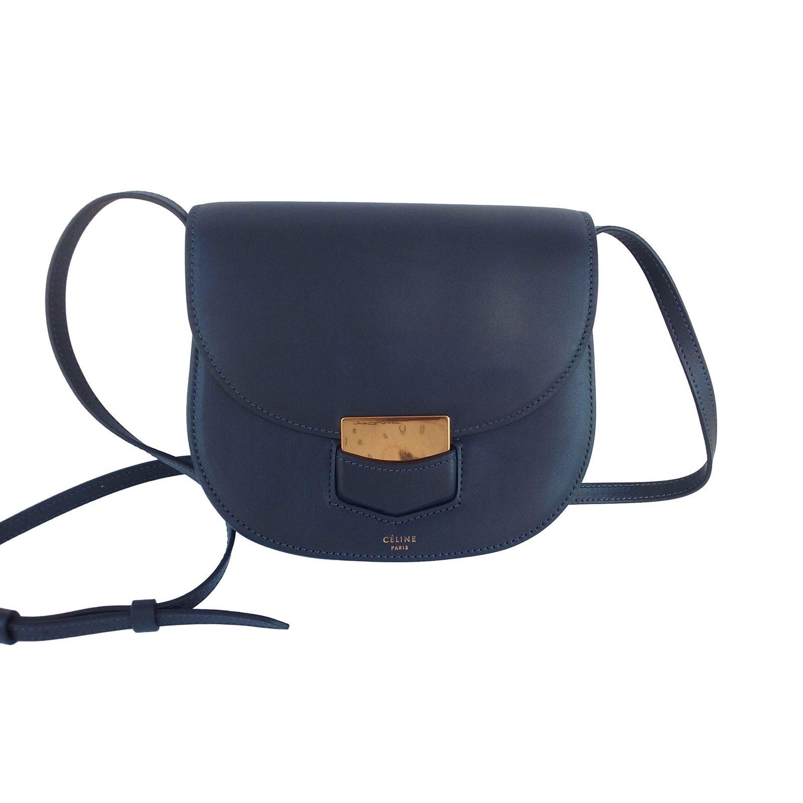 dbda047a4 Céline Trotteur Handbags Leather Blue ref.56614 - Joli Closet